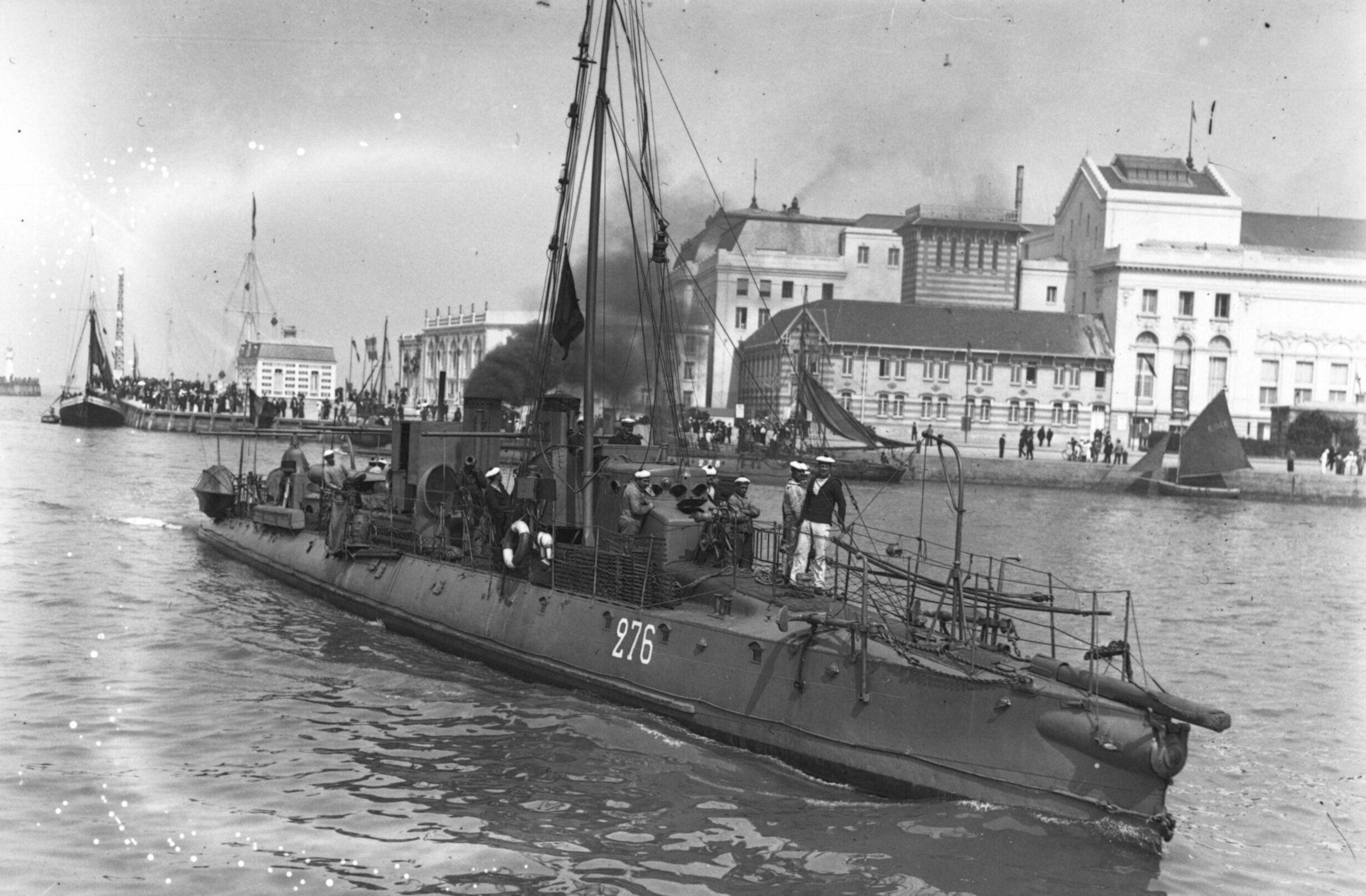 Quizz bateaux et histoire navale - Page 38 Torpilleur_276
