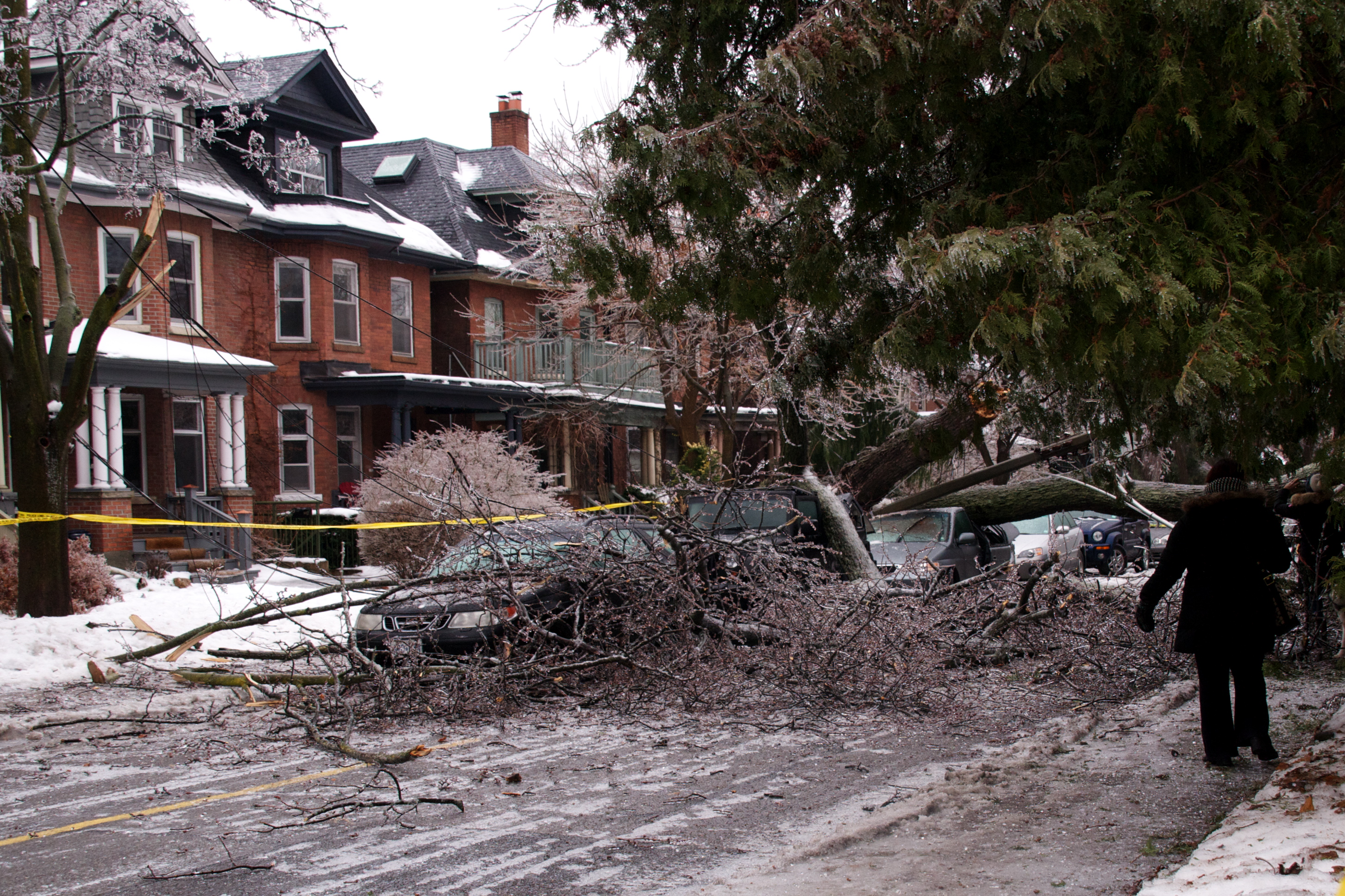 Freezing Rain Hits Greater Toronto Area