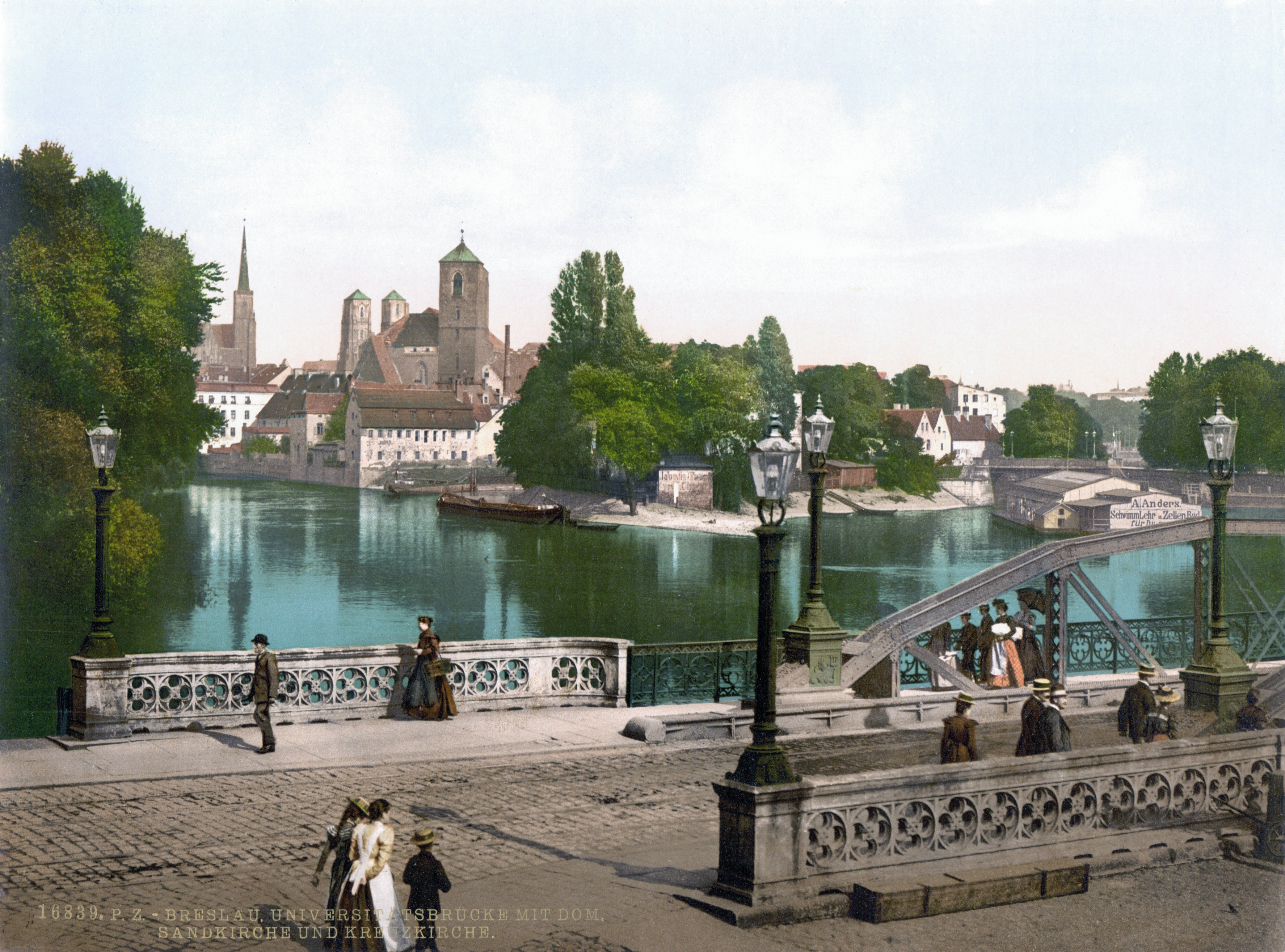 https://upload.wikimedia.org/wikipedia/commons/8/8d/University_Bridge_with_Cathedral%2C_Sandkirche_and_Church_of_the_Cross%2C_Breslau.jpg