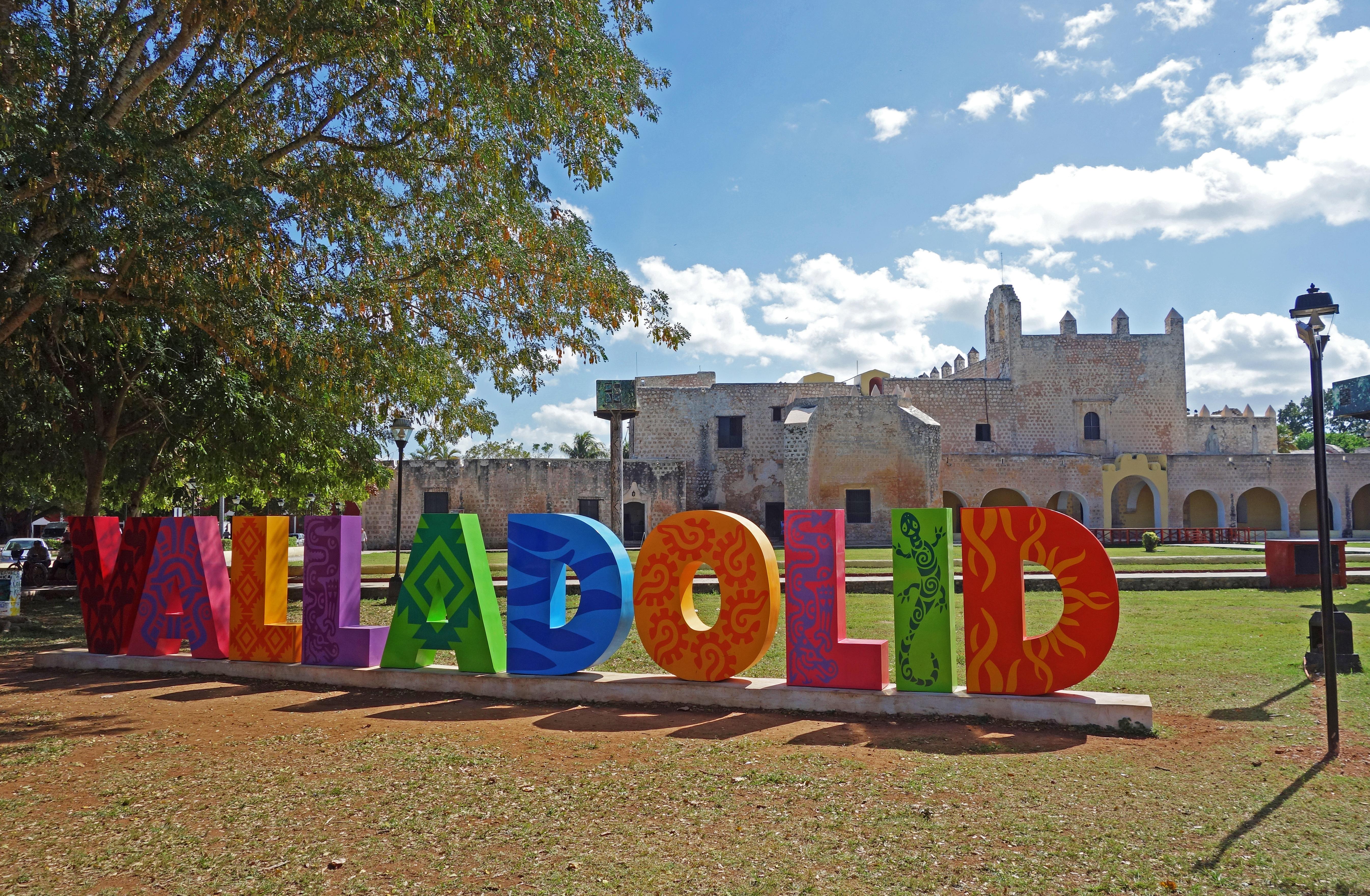Valladolid – Cenotes and Las Coloradas