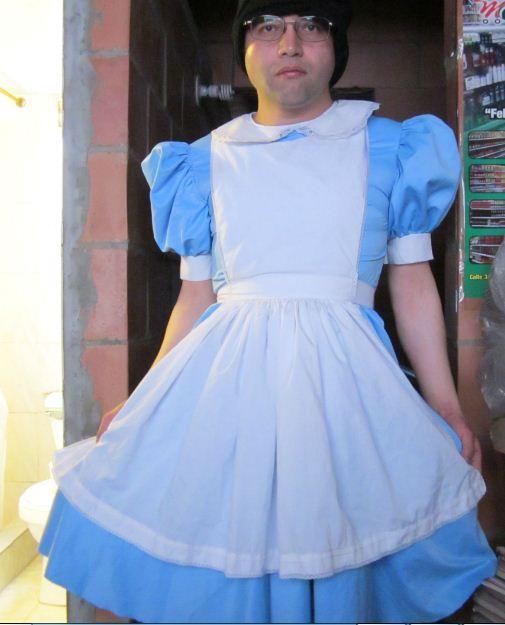 File Vestido De Alicia En El País De Las Maravillas Jpg Wikimedia Commons