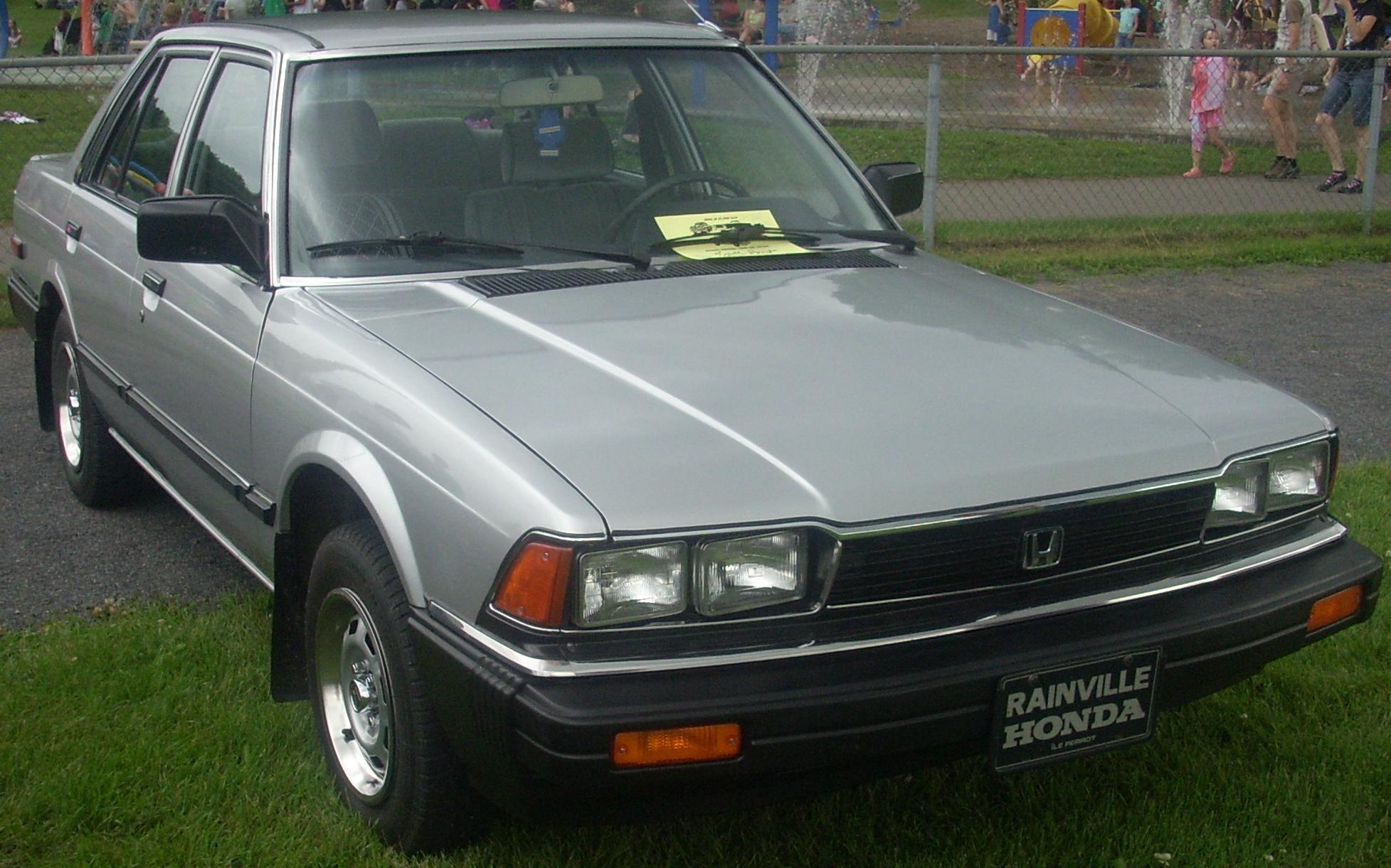 File 82 Honda Accord Sedan Auto Classique St Lazare 10