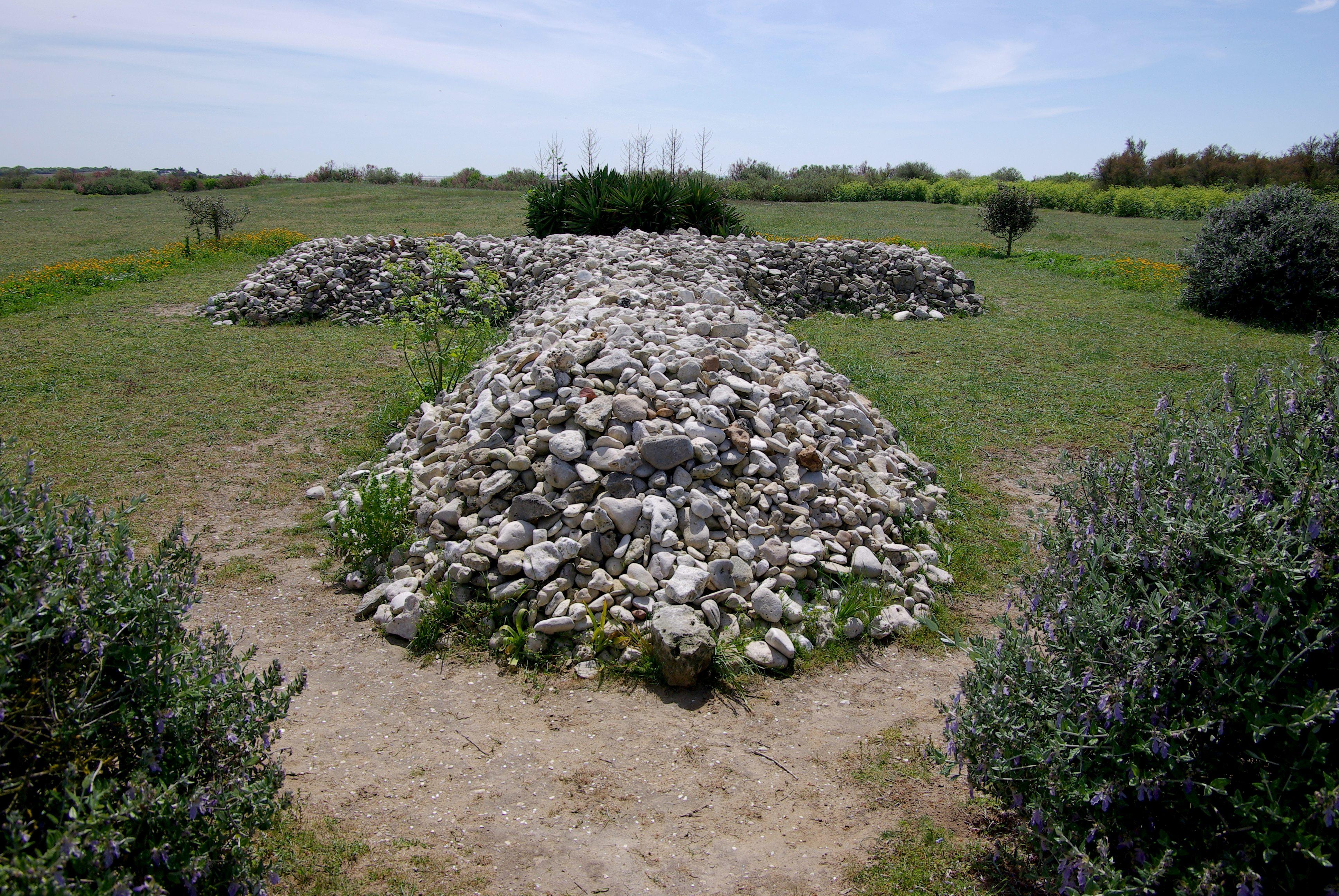 Fichier:Île Madame Croix de Galets.jpg — Wikipédia