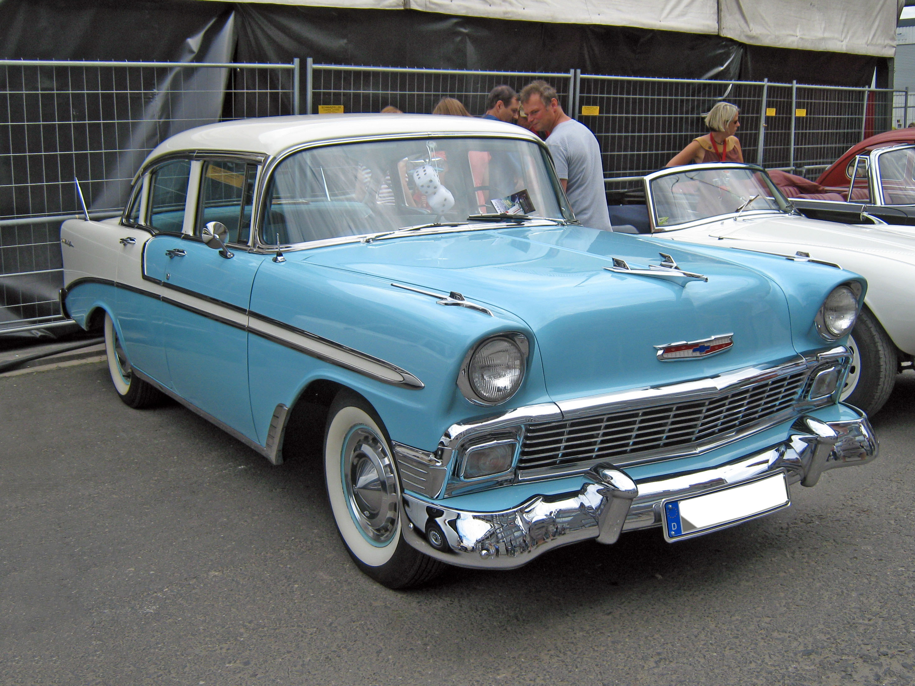 File 1956 chevrolet bel air 4 door sedan front jpg