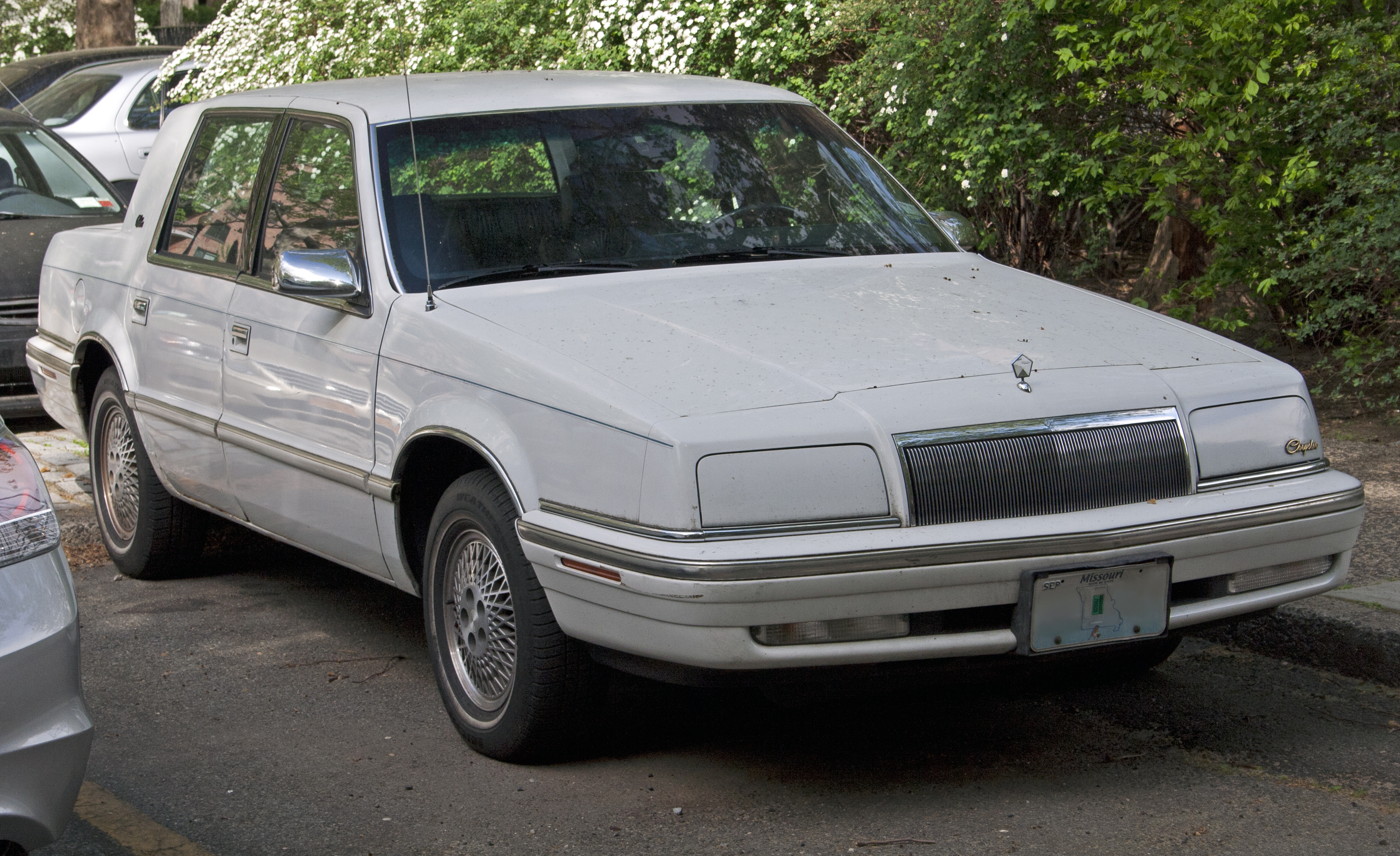 file 1992 or 1993 chrysler new yorker