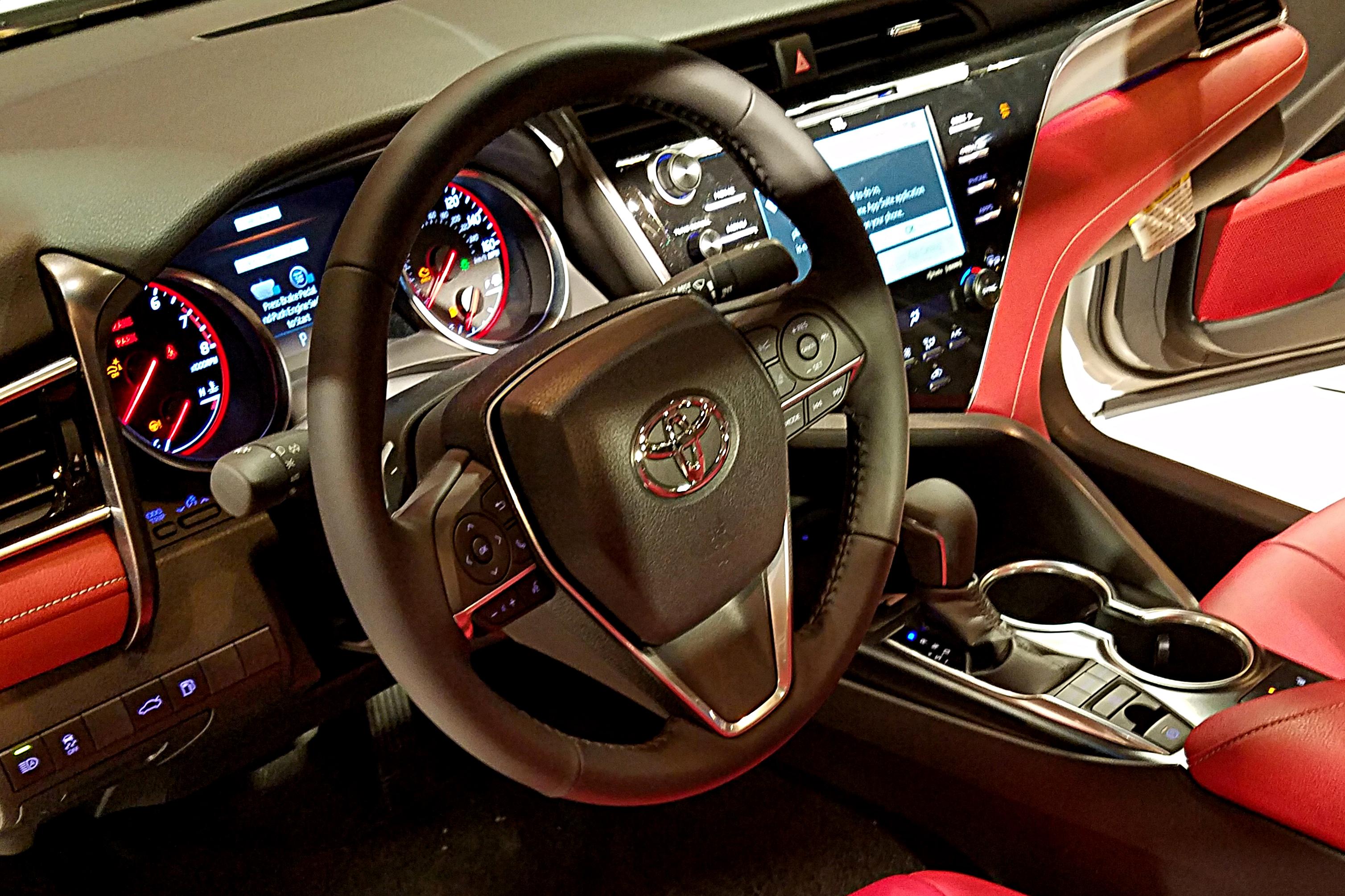 Toyota Camry 2018 Interior >> File 2018 Toyota Camry Interior Jpg Wikimedia Commons