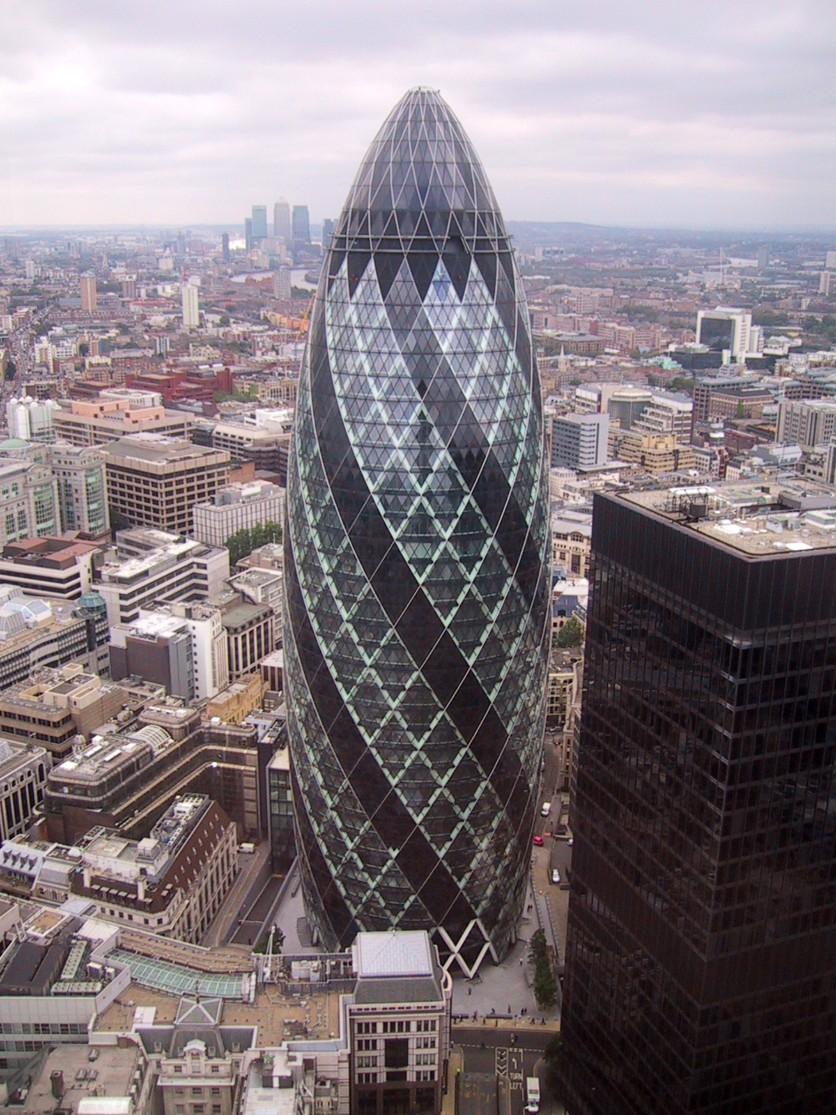 file 30 st mary axe 39 gherkin 39 jpg wikimedia commons