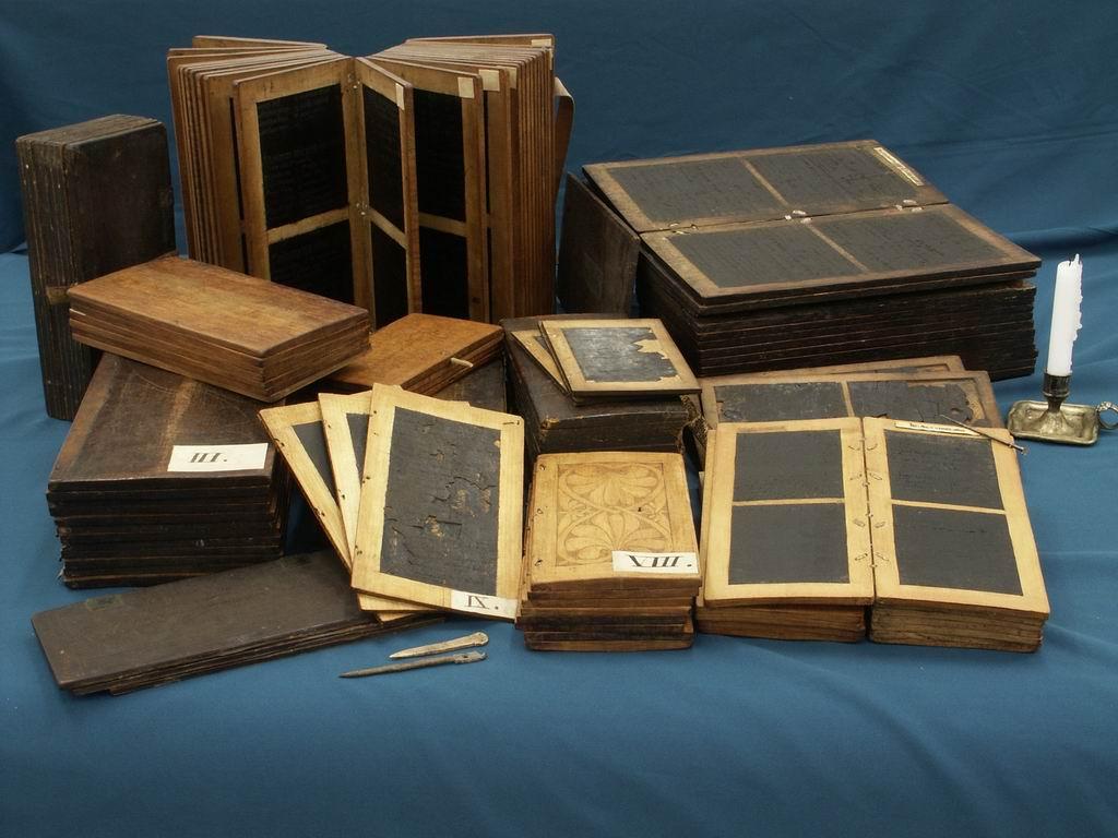 Tablette crire wikip dia - Tablette de coin en bois ...