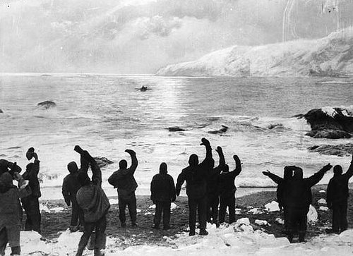 Ernest Shackleton leaves Elephant Island on th...