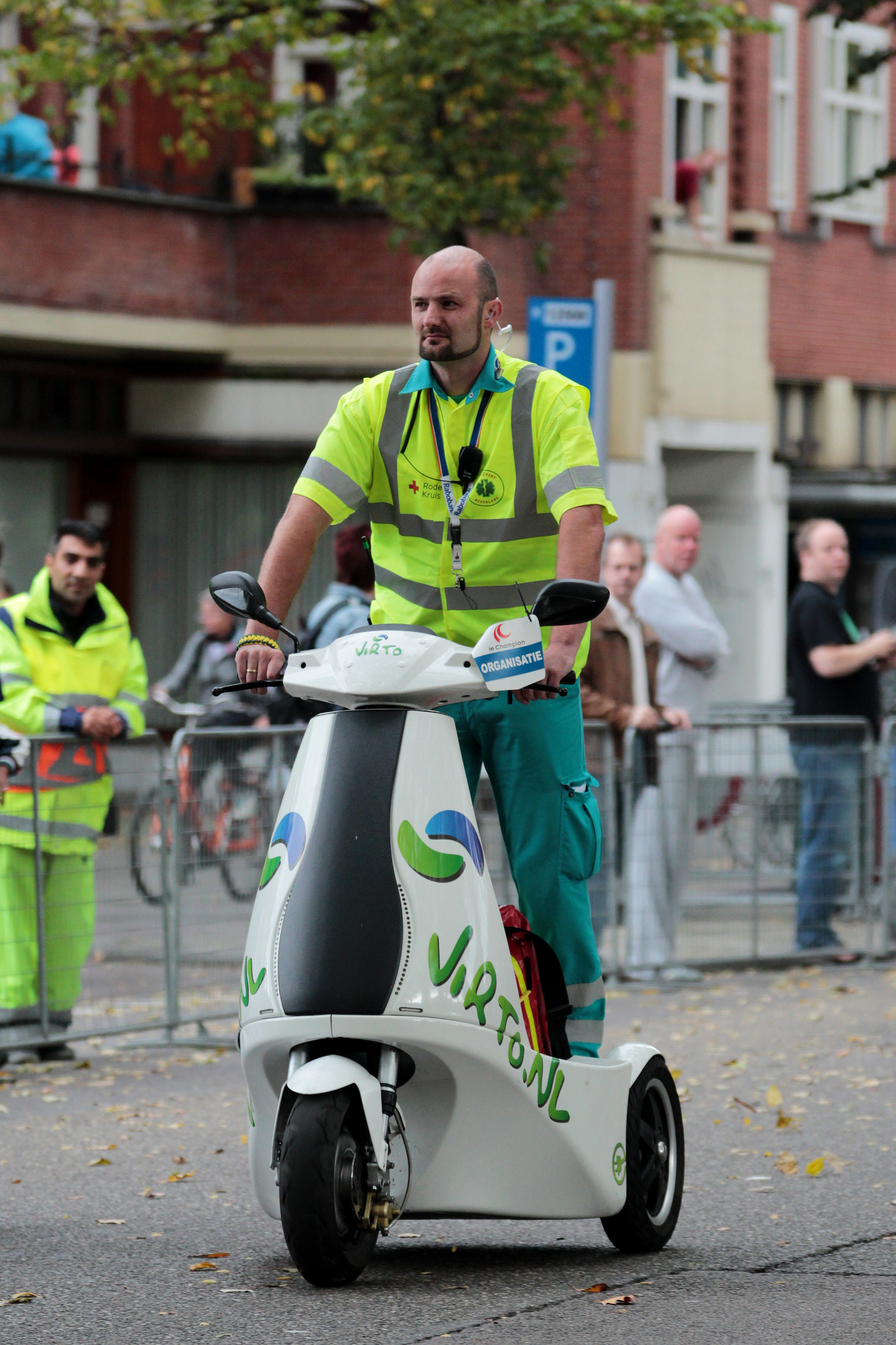 File:Am2014-electric-standup-trike-branko-collin.jpg