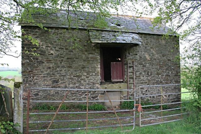 File:An Isolated Barn - geograph.org.uk - 421085.jpg