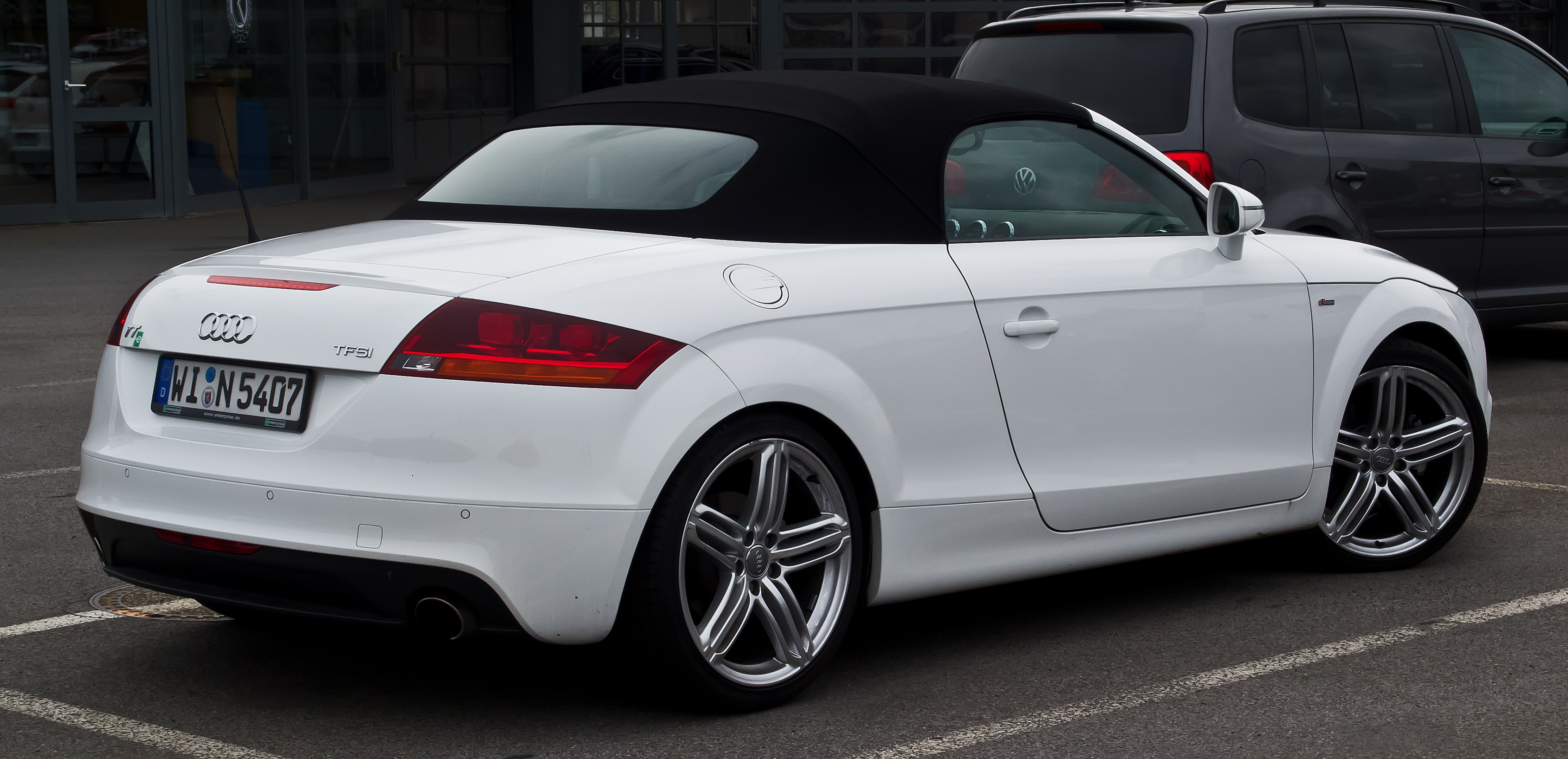 file audi tt roadster 2 0 tfsi s line 8j facelift heckansicht 1 september 2013 m nster. Black Bedroom Furniture Sets. Home Design Ideas