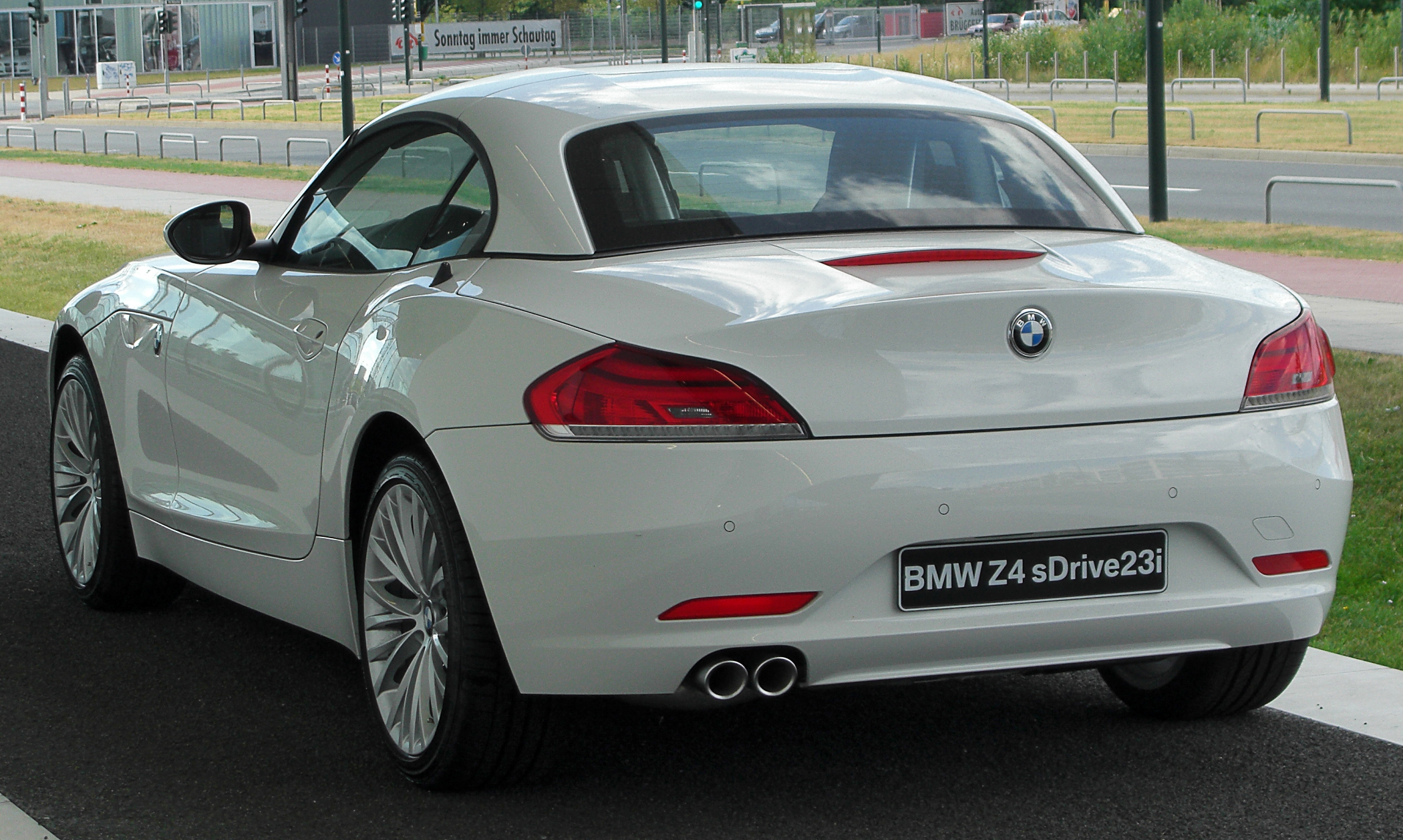 File Bmw Z4 Sdrive23i E89 Rear 20100724 Jpg Wikimedia
