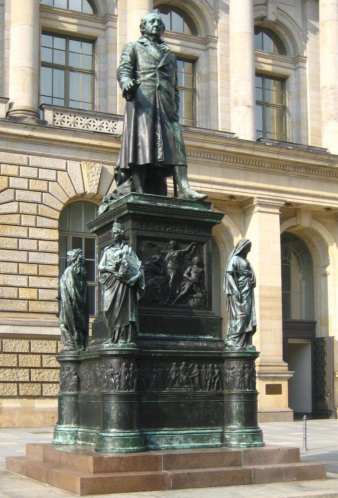 Datei:Berlin, Mitte, Niederkirchnerstrasse, Standbild Freiherr vom ...