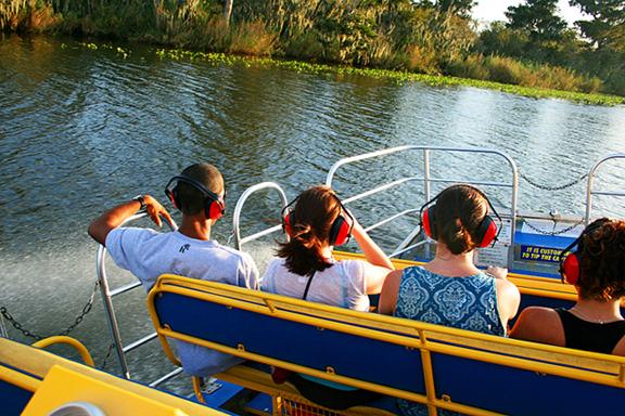 file black hammock airboat rides orlando jpg file black hammock airboat rides orlando jpg   wikimedia  mons  rh    mons wikimedia org