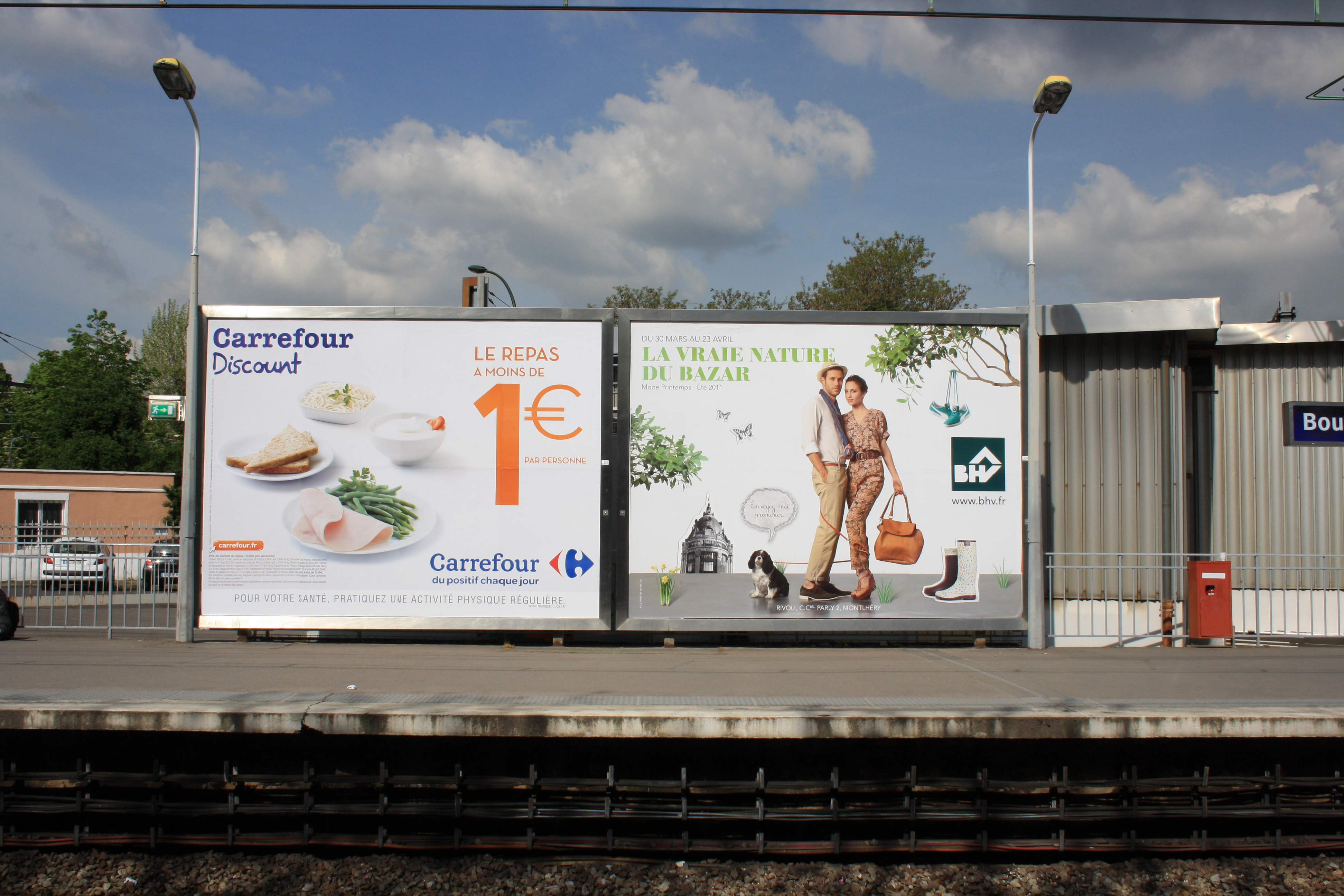 File:Bourg La Reine Railway Station Billboards.jpg - Wikimedia Commons