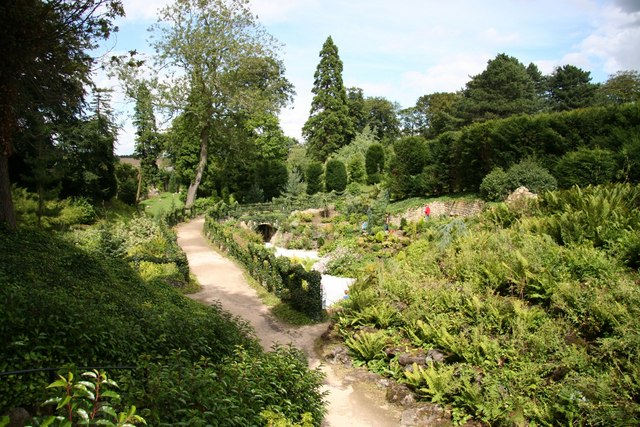 Brodsworth Hall grotto - geograph.org.uk - 923981