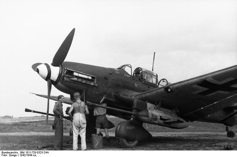 Bundesarchiv Bild 101I-728-0323-24A, Flugzeug Junkers Ju 87