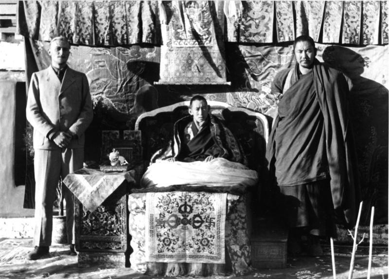 File:Bundesarchiv Bild 135-S-13-11-12, Tibetexpedition, Regent von Tibet, Beger, Diener.jpg