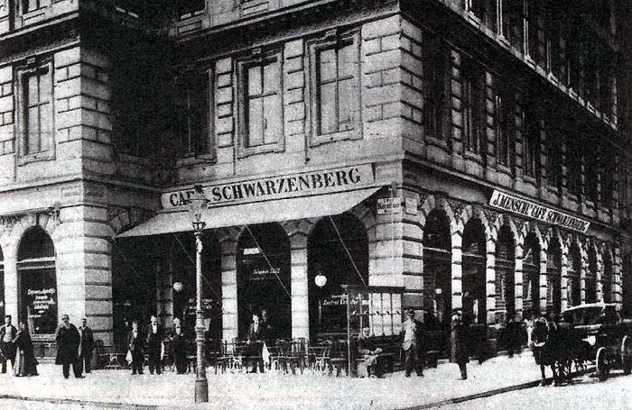 Archivo:Cafe Schwarzenberg Vienna-bef 1900.jpg