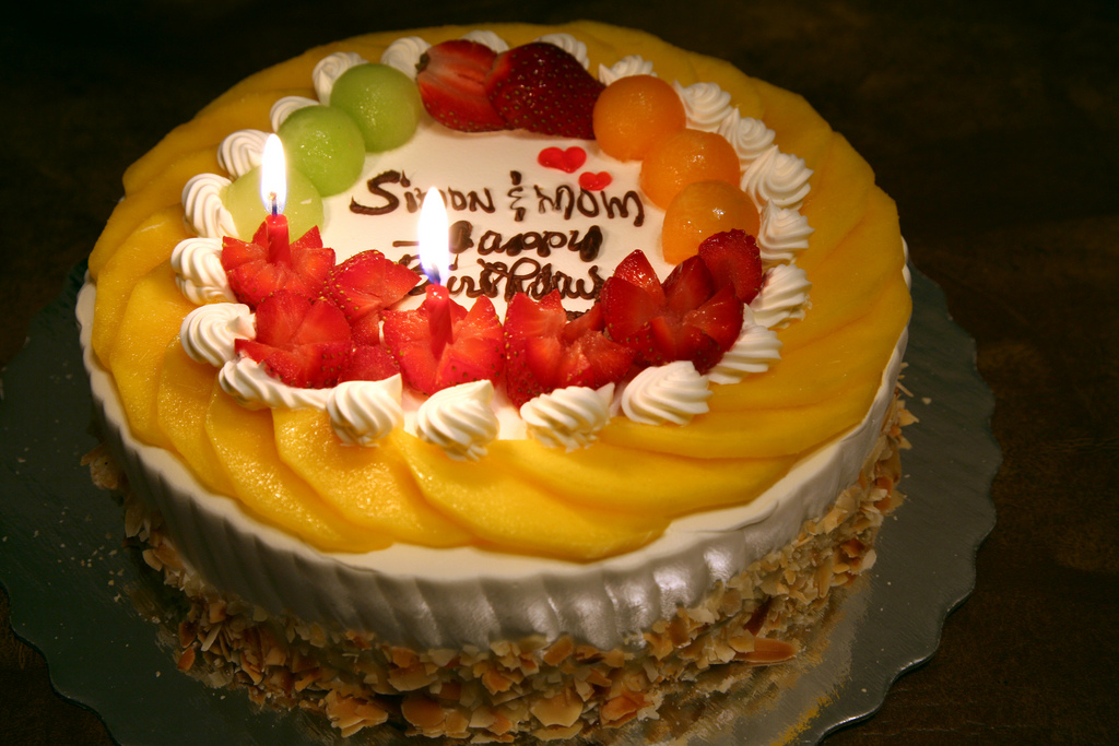 Birthday Cake With Fruits Images