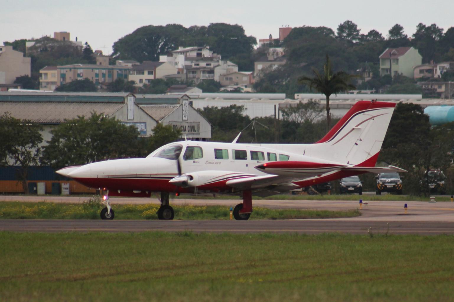 File:Cessna 402 Rafael Luiz (14627684598).jpg