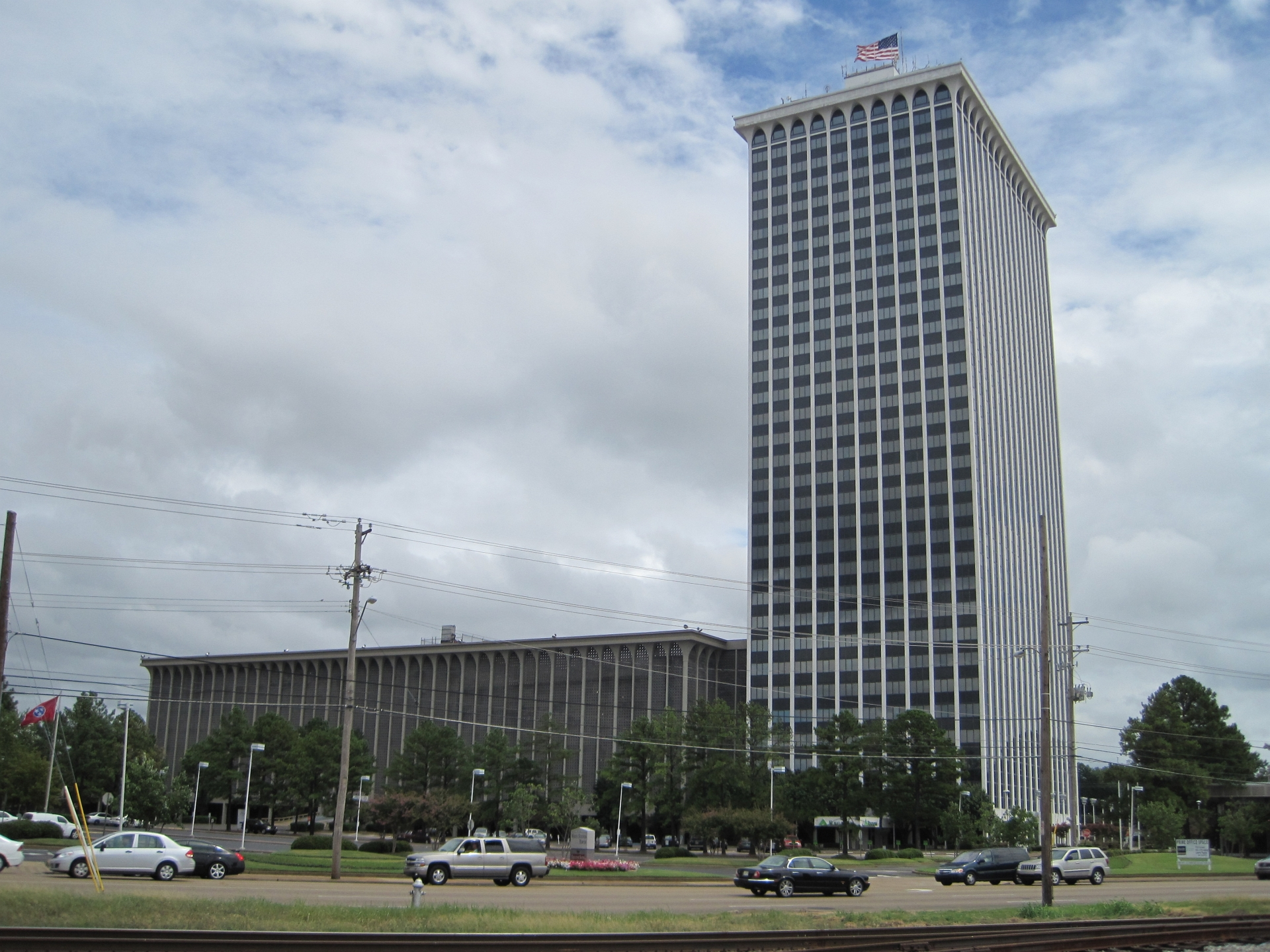 Clark Tower (Memphis, Tennessee) - Wikipedia