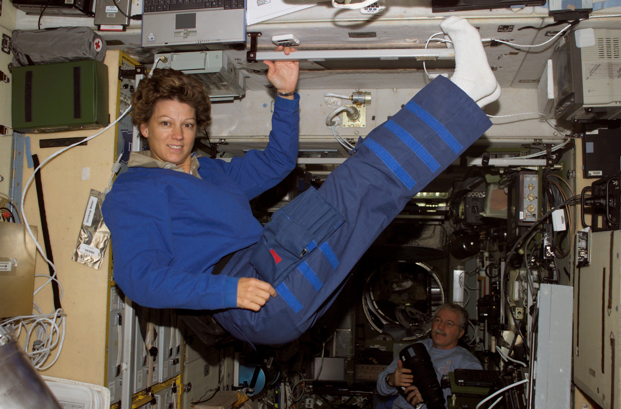 first female space shuttle commander - photo #17
