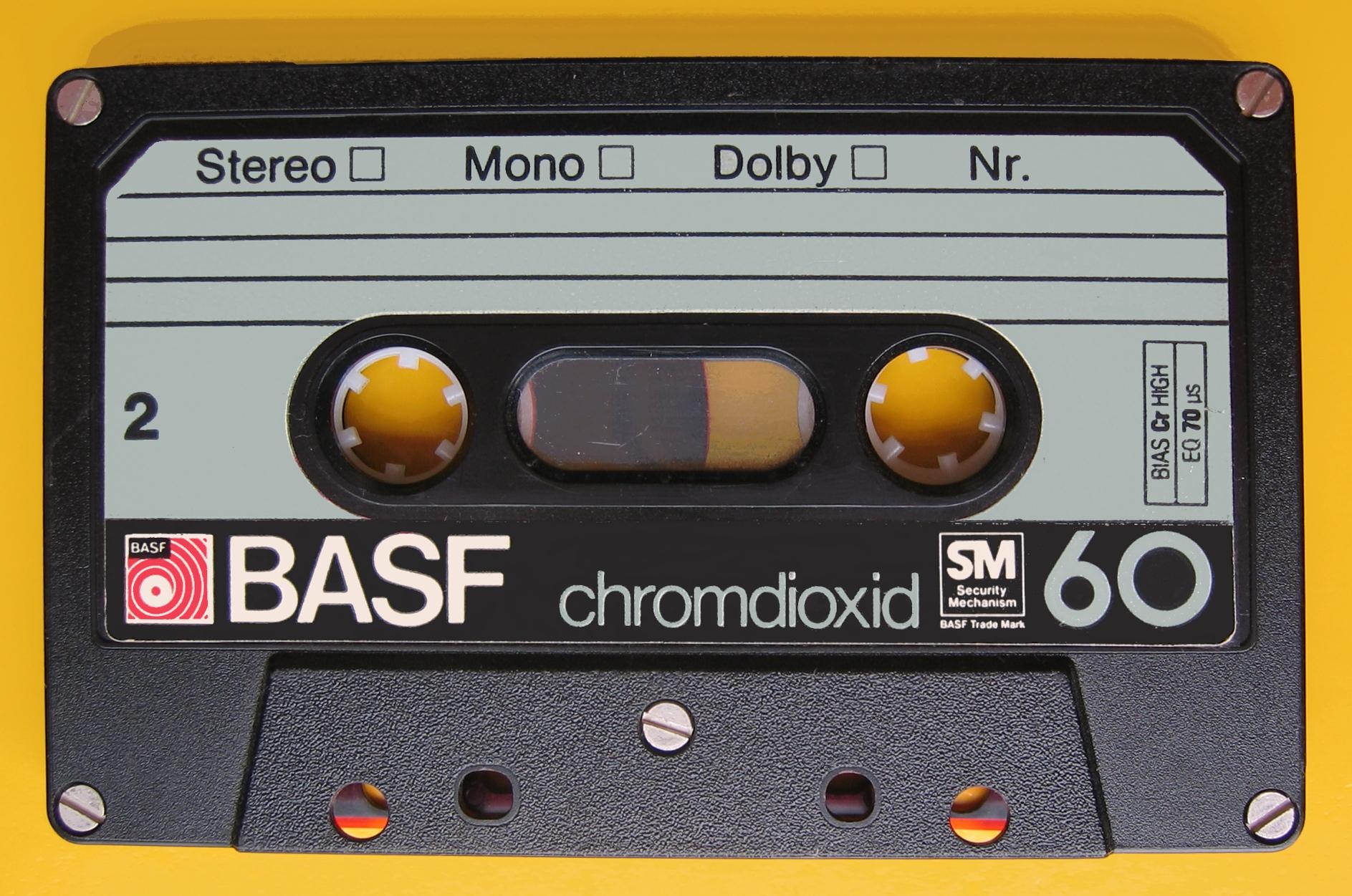 Compact Cassette BASF 60 SM IMG 8508.JPG