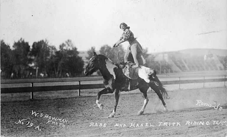 Rodeo Cowgirls 3 historical postcards western horse Pendleton cowgirls
