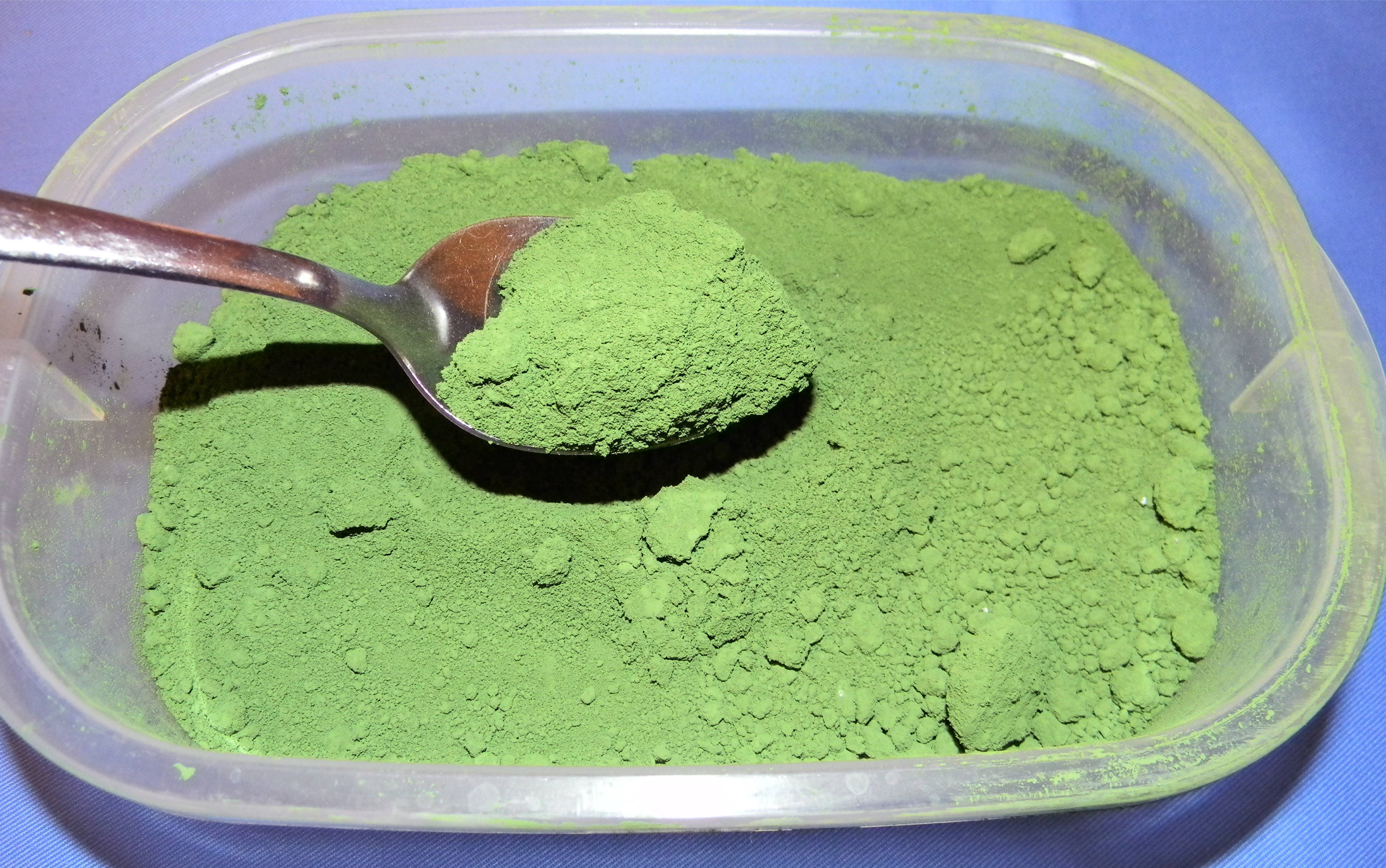 Chromium(III) oxide - Wikipedia