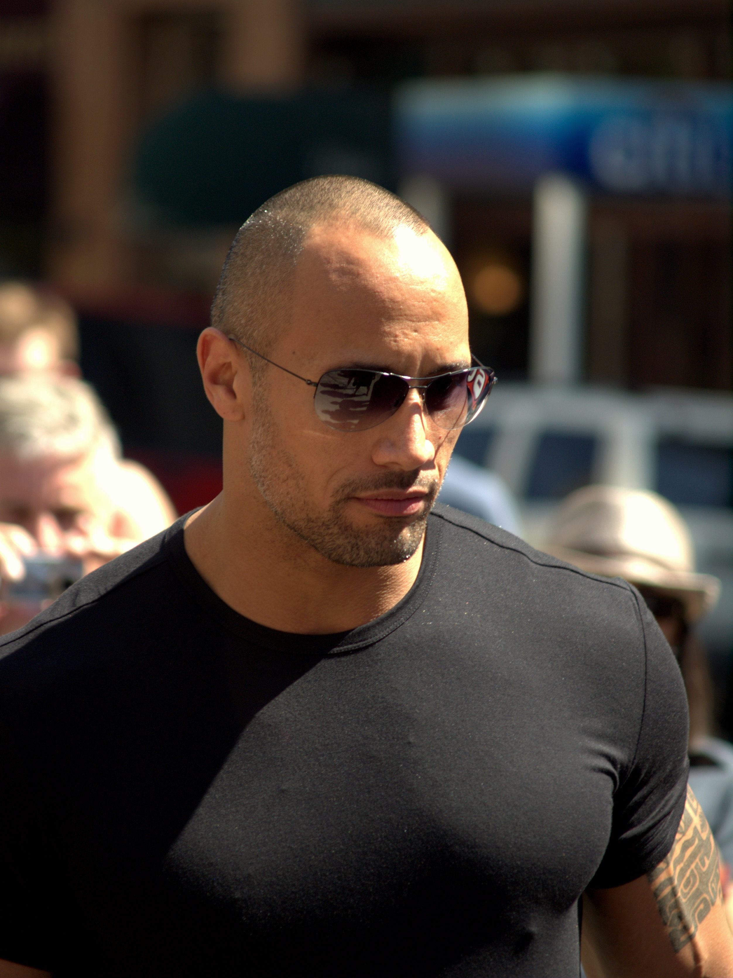 Description Dwayne Johnson at the 2009 Tribeca Film Festival 2.jpg