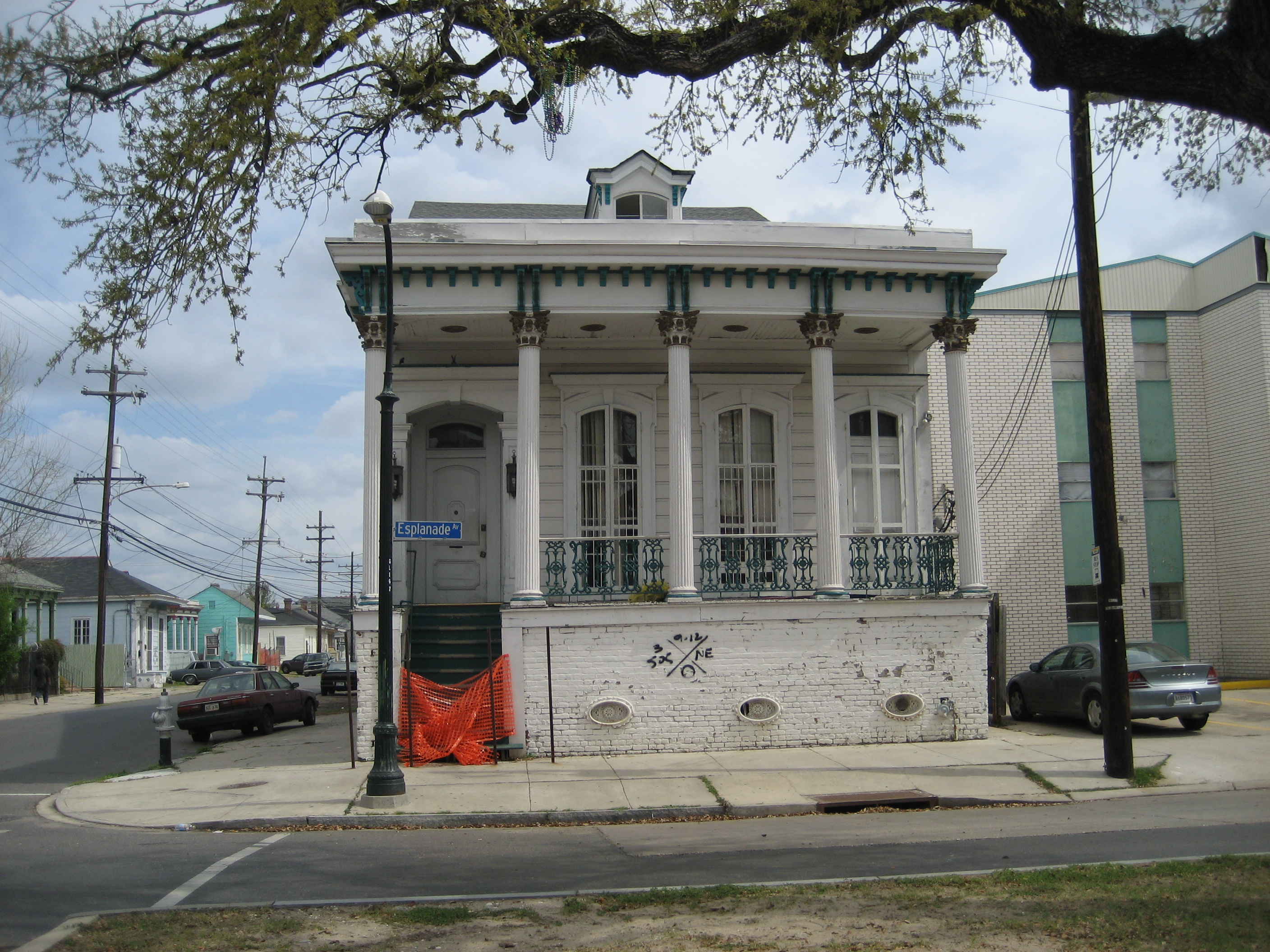 Louisiana style house plans quotes for Creole style house plans