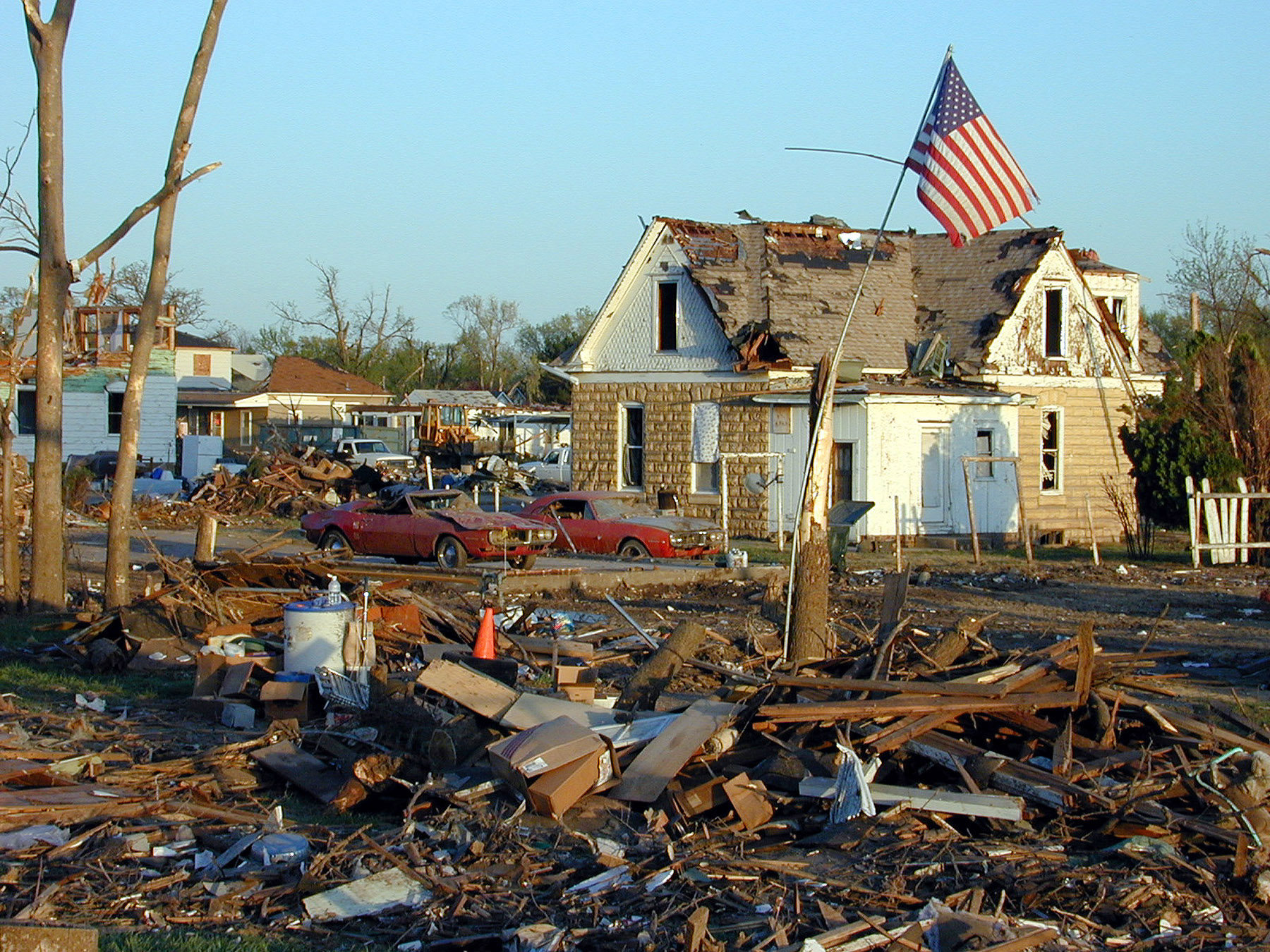 Hoisington United States  city photos gallery : FEMA 1373 Photograph by Dave Saville taken on 04 26 2001 in ...