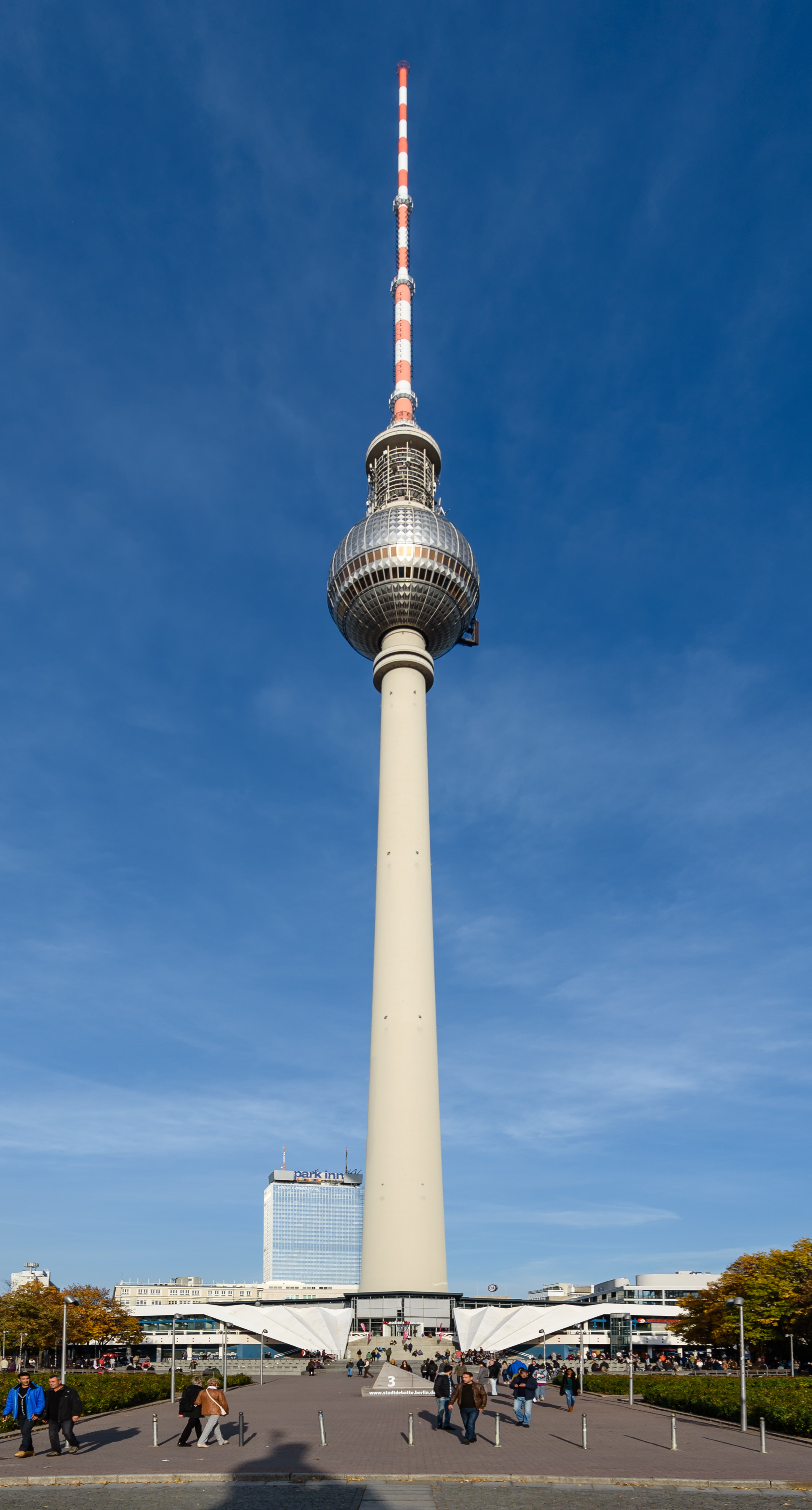 file fernsehturm berlin wikimedia commons. Black Bedroom Furniture Sets. Home Design Ideas