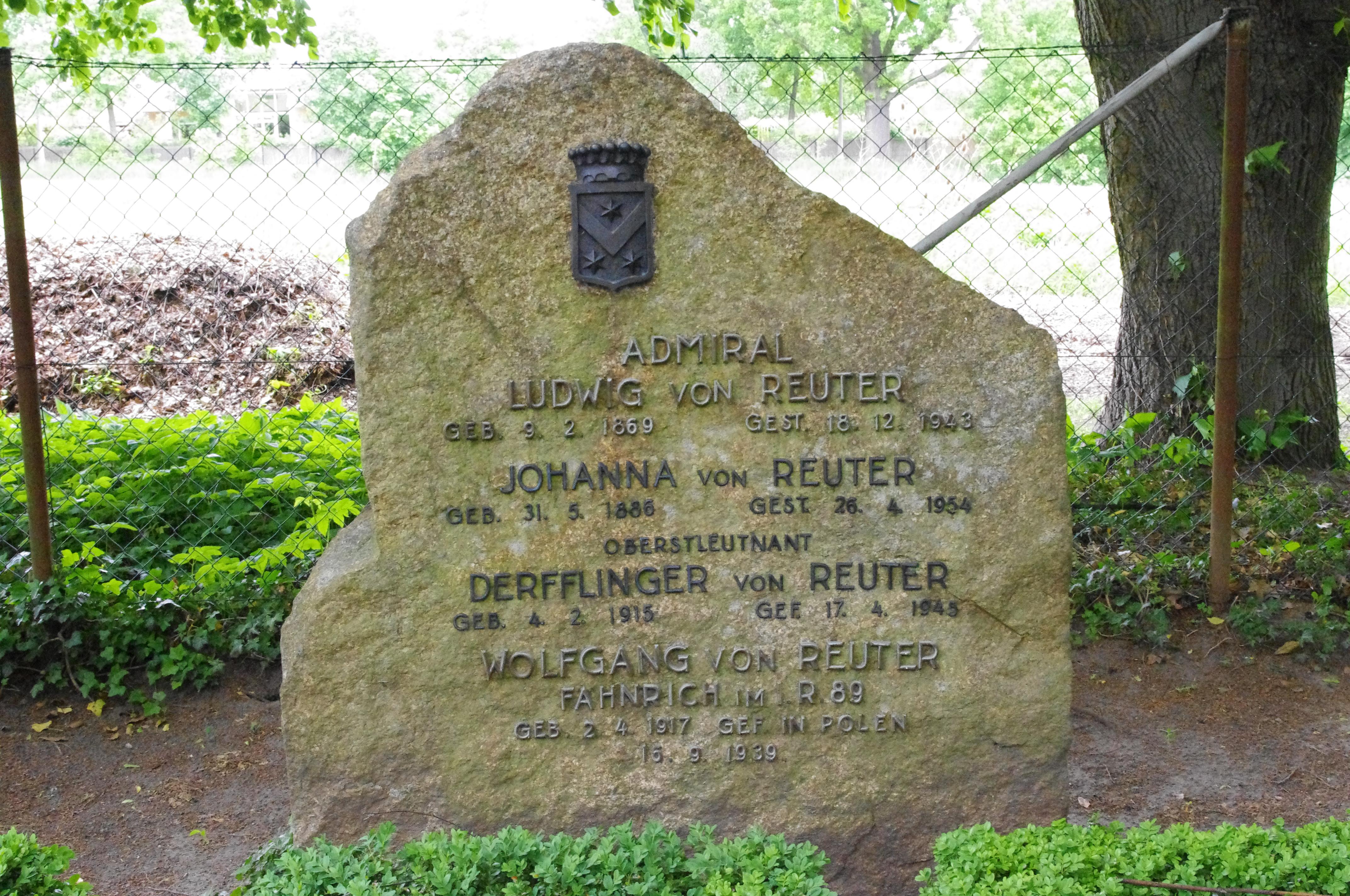 Grab auf dem Bornstedter Friedhof