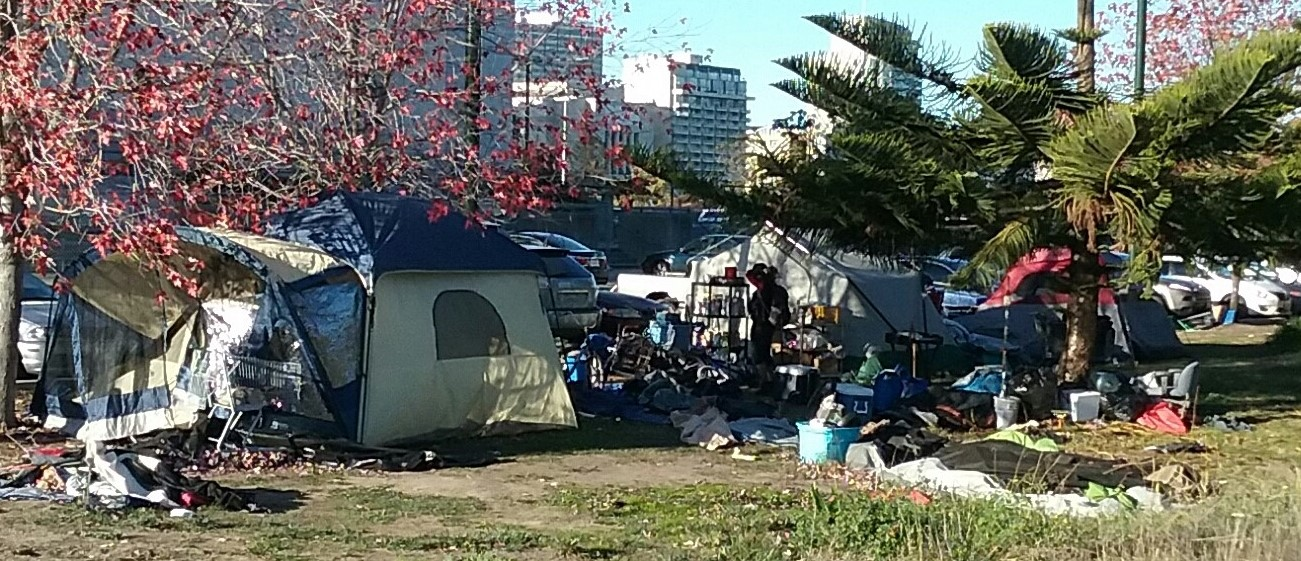 Meanwhile In California La Wants To Build Guest Houses In