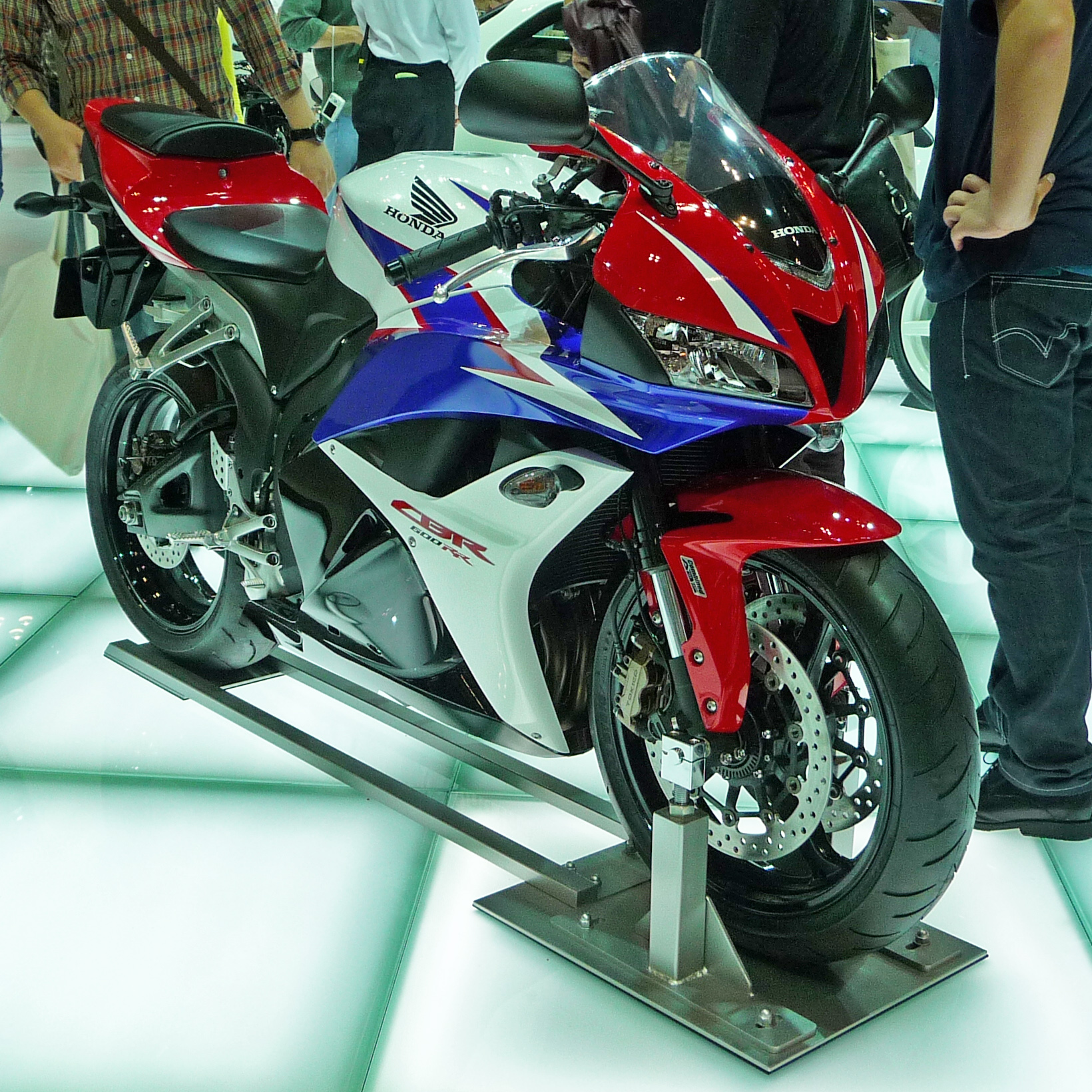 Exceptionnel File:Honda CBR600RR ABS At The Tokyo Motor Show 2009.JPG