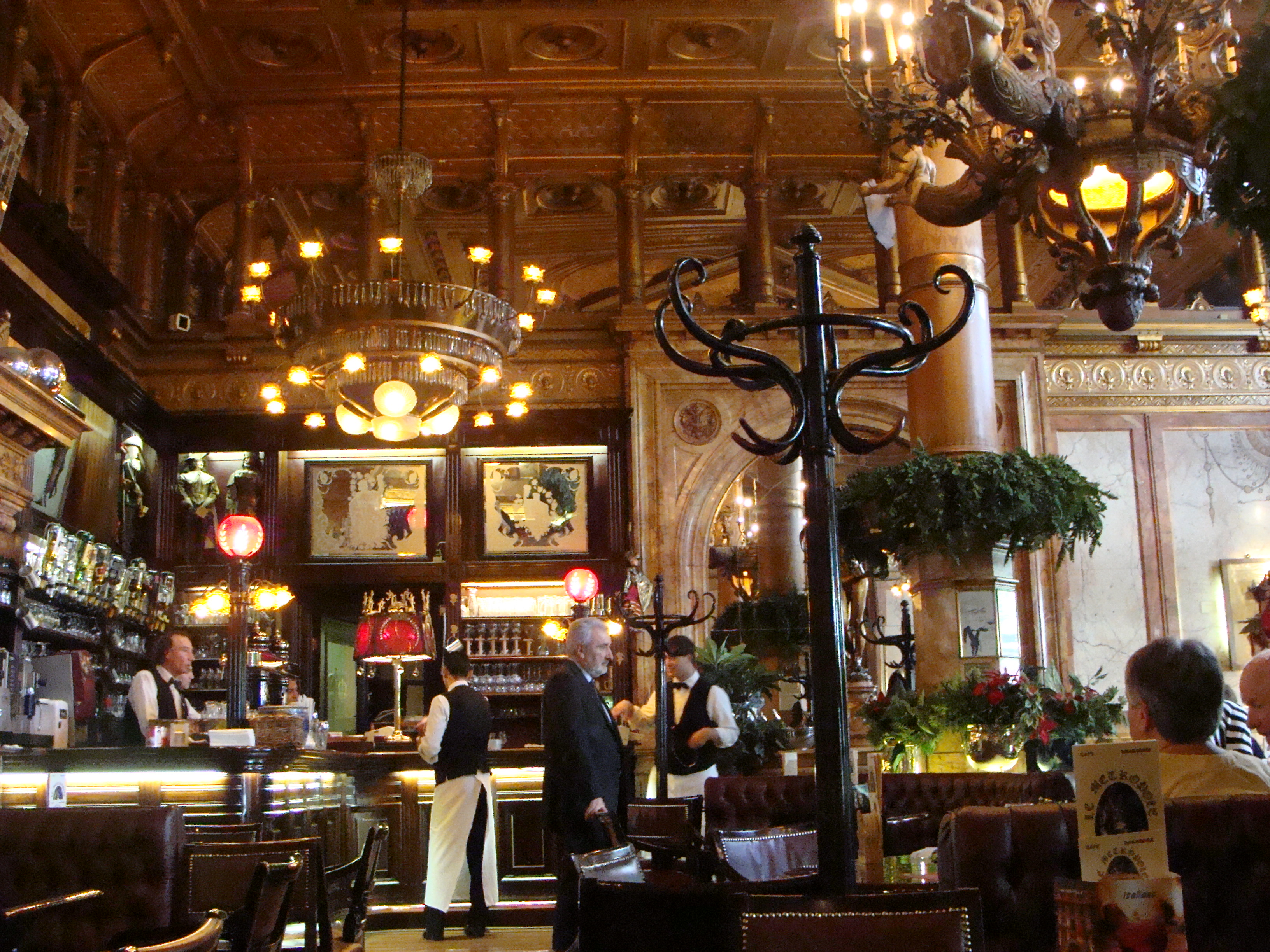 File:Hotel Metropole, Brussels - The Cafe Metropole, 2009 ...