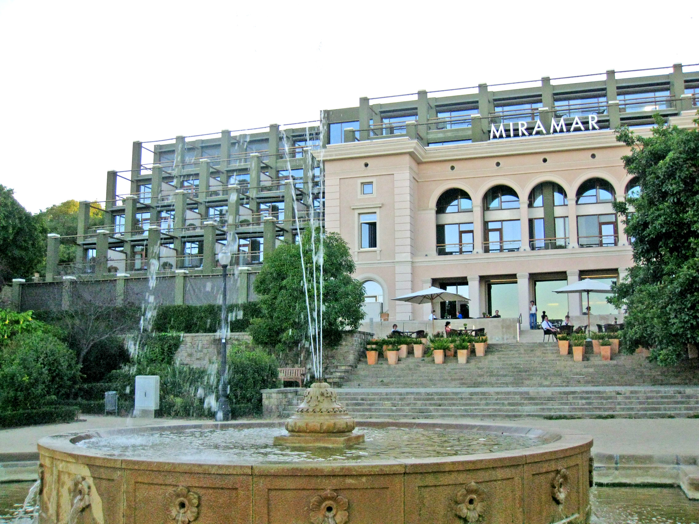 File hotel miramar barcelona wikimedia commons for Hotel jardin barcelona