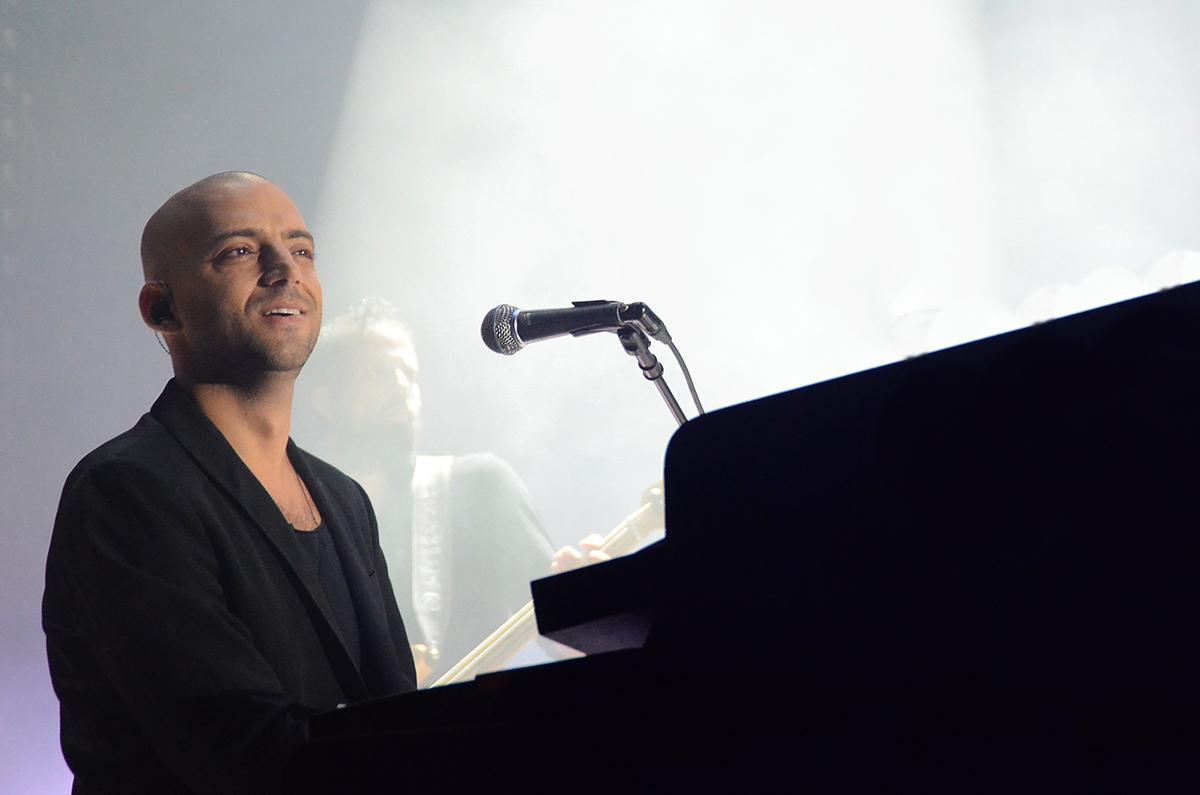 Picture of a band or musician: Idan Raichel