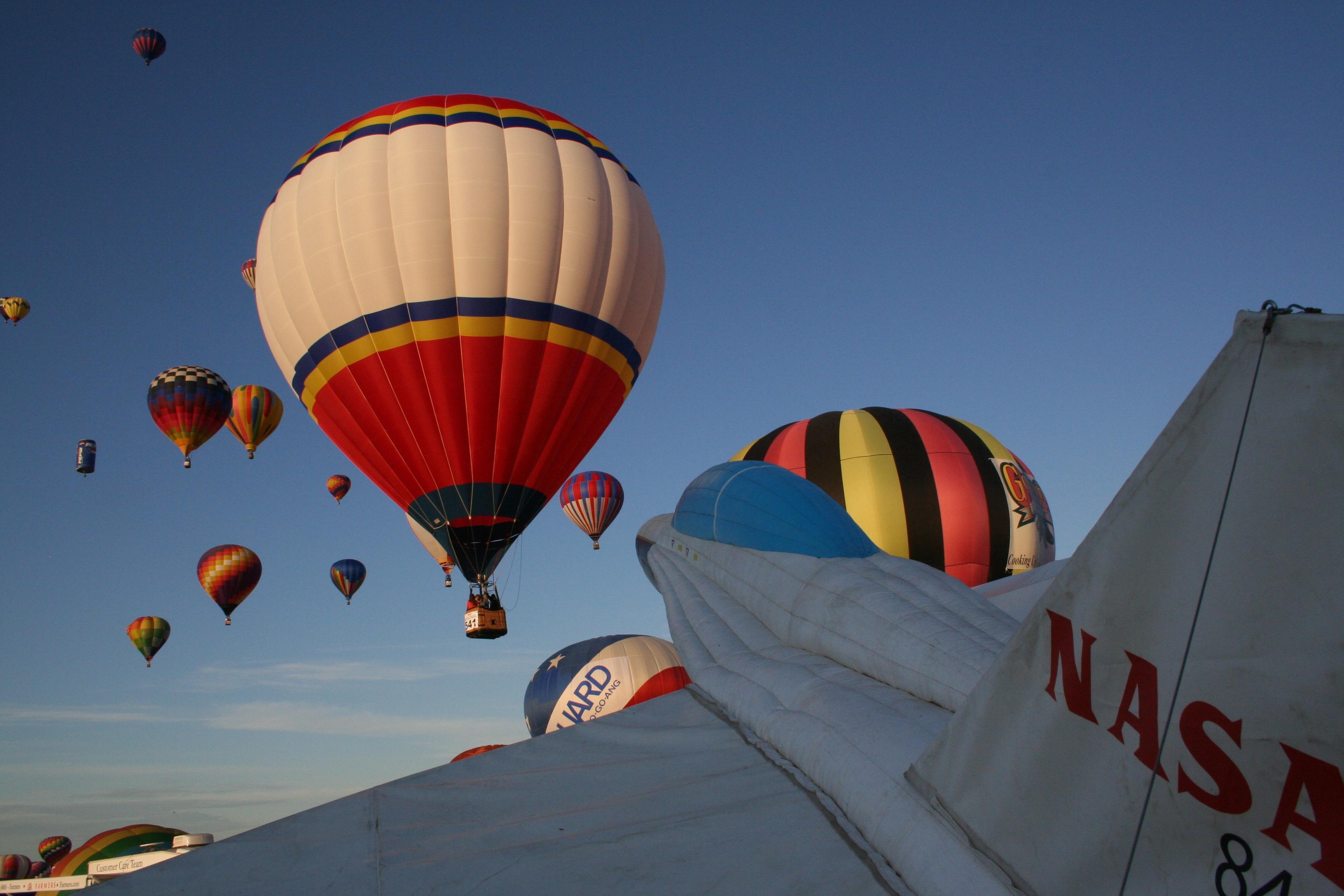 35 beautiful photos of the balloon fiesta in albuquerque