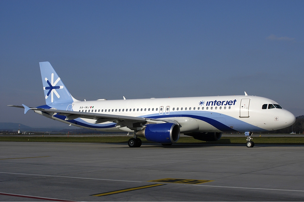 front of a plane with File Interjet Airbus A320 Wallner on File XL Airways France Airbus A320 Nussbaumer besides Mg23431264 500 Plasma Jet Engines That Could Take You From The Ground To Space also Mediastinum likewise Climatologie Foudre 14555 as well File Ufa Airlines Antonov An 2.