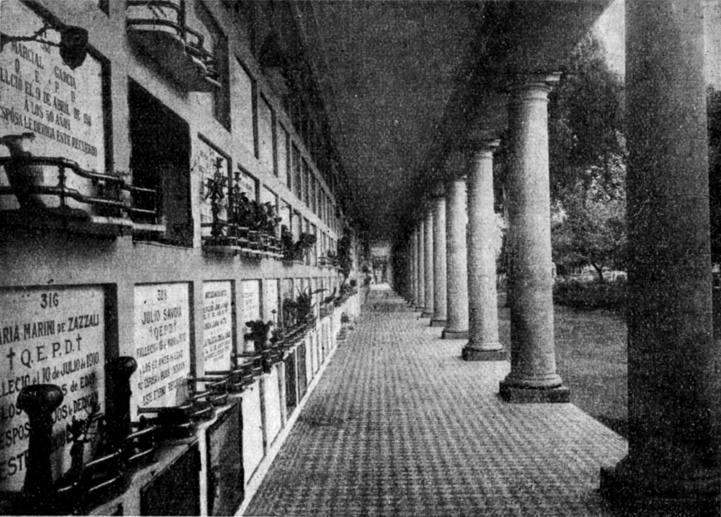 Cementerio Central de Junín, Argentina, en 1914