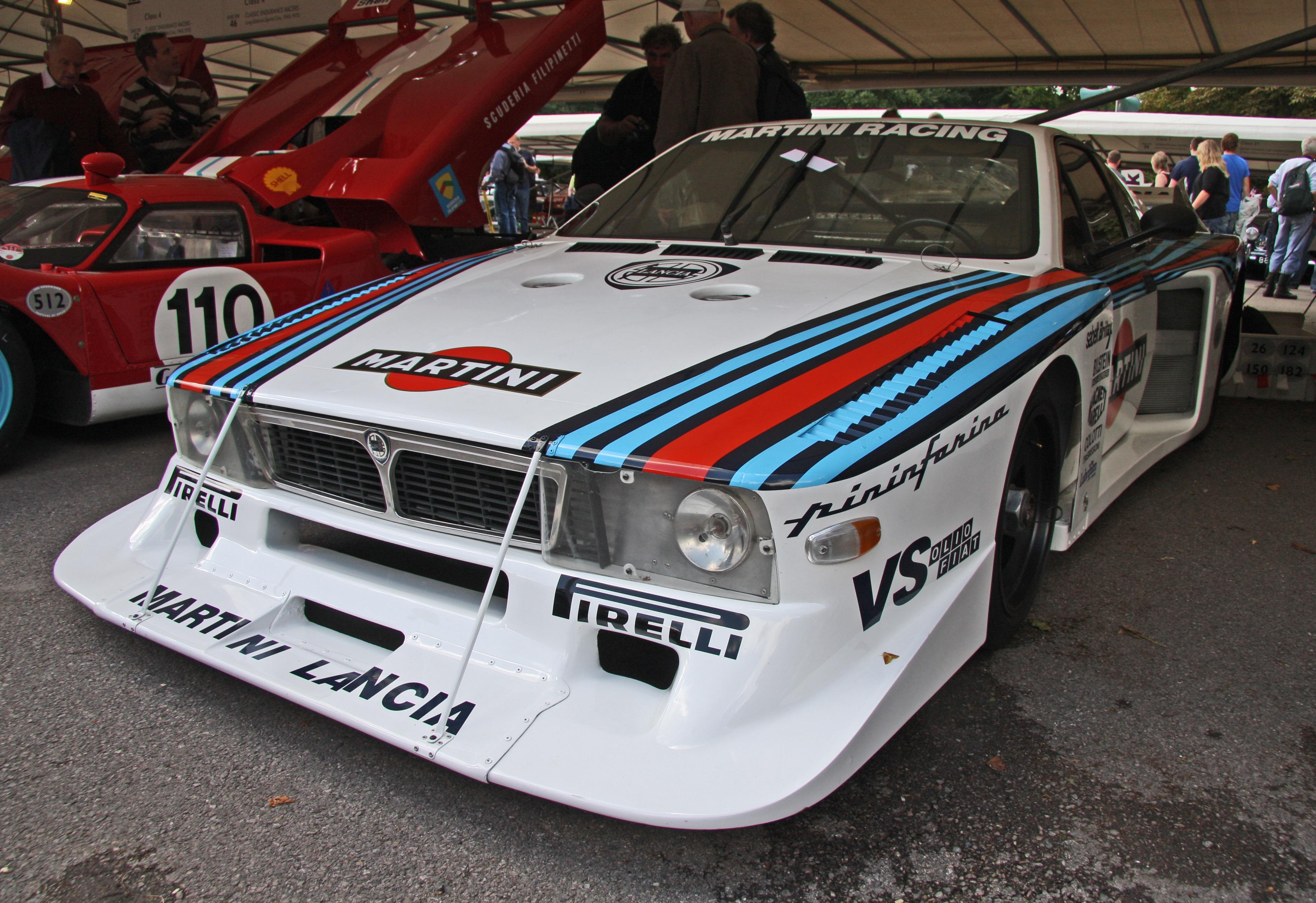 https://upload.wikimedia.org/wikipedia/commons/8/8e/Lancia_Beta_Montecarlo_Martini.jpg