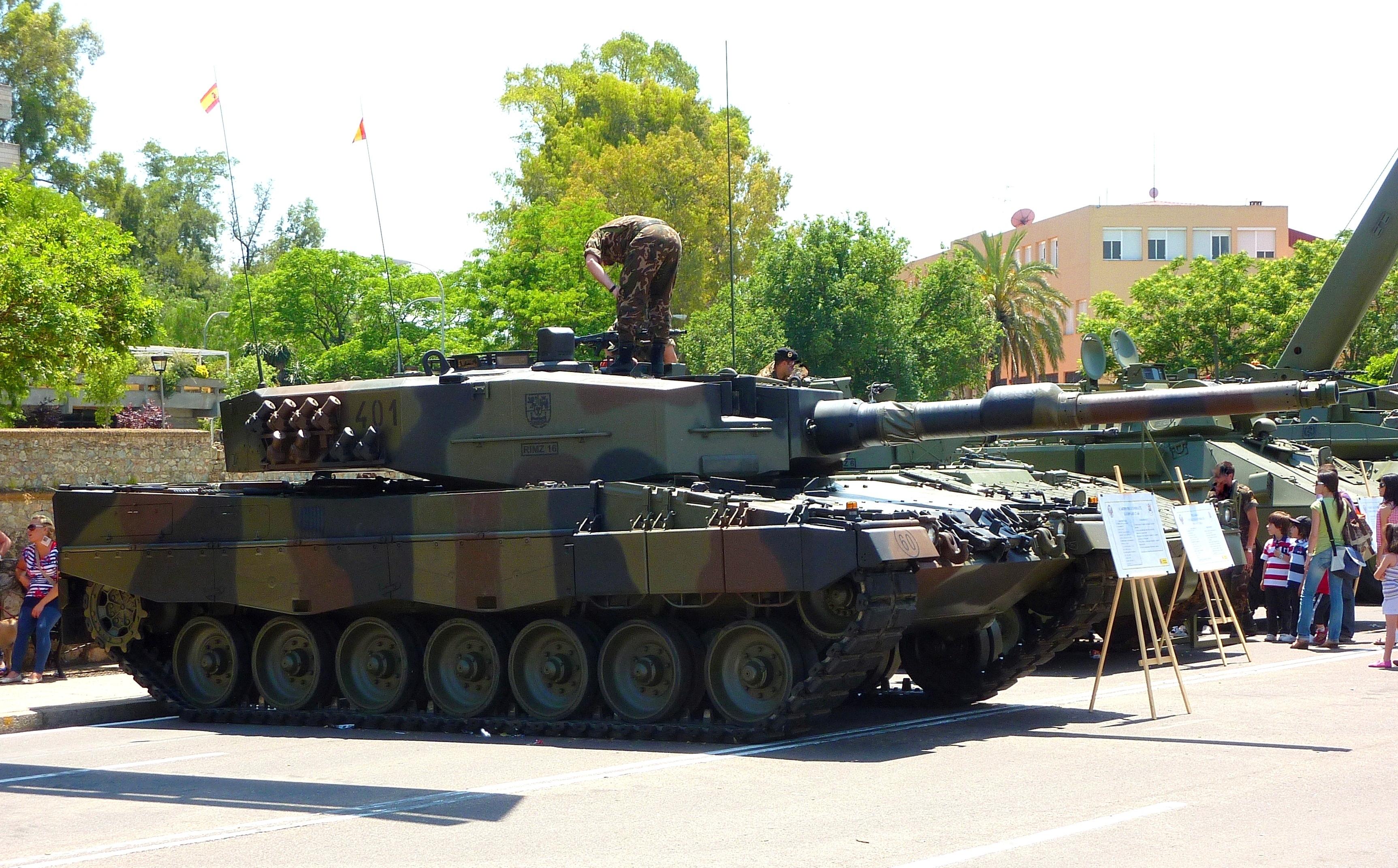 El armamento usado que vende el Ejercito Español