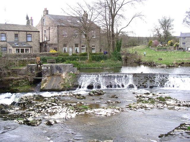Linton Falls Weir - geograph.org.uk - 1230383