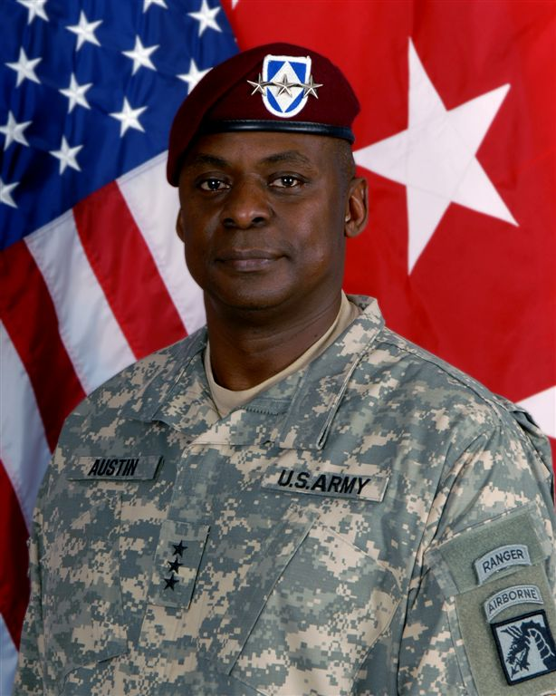 File:Lt  Gen  Austin 2008 ACUs MNCI-I Commander jpg