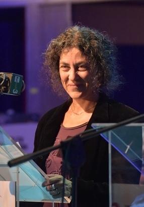 File:Maria Grazia Calandrone al PRIX ITALIA, Torino 23.9.15.JPG - Wikimedia  Commons