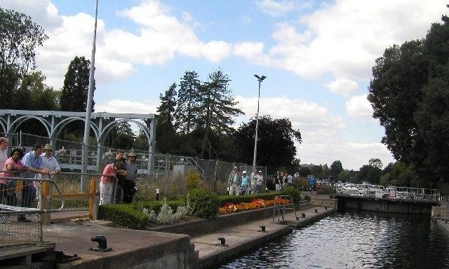 Marsh Lock, Henley on Thames, Oxon - geograph.org.uk - 36369